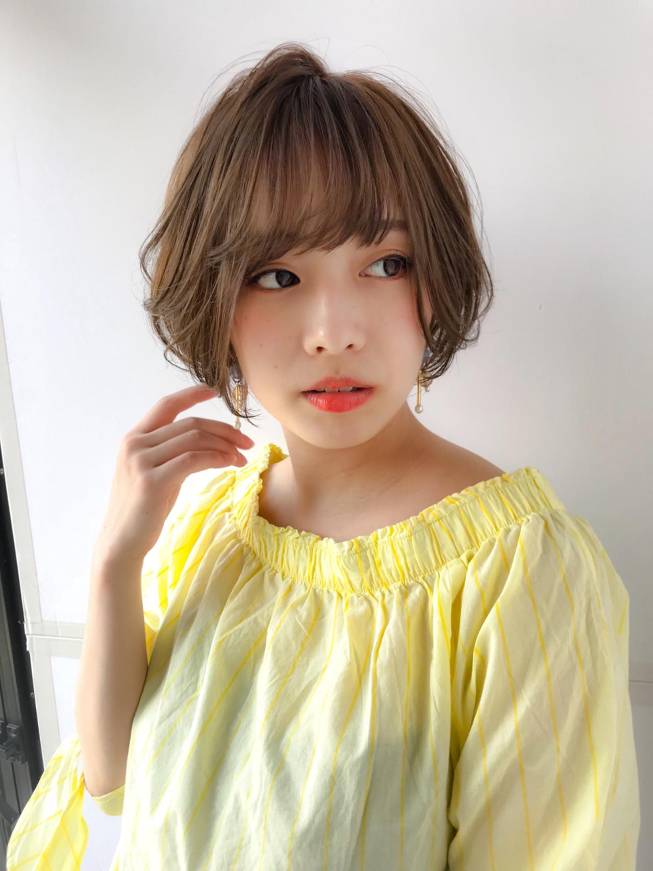 小顔 似合わせ アッシュ ショートボブ ヘアスタイルや髪型の写真・画像 | MANOHARU 新屋敷 / MANOHARU