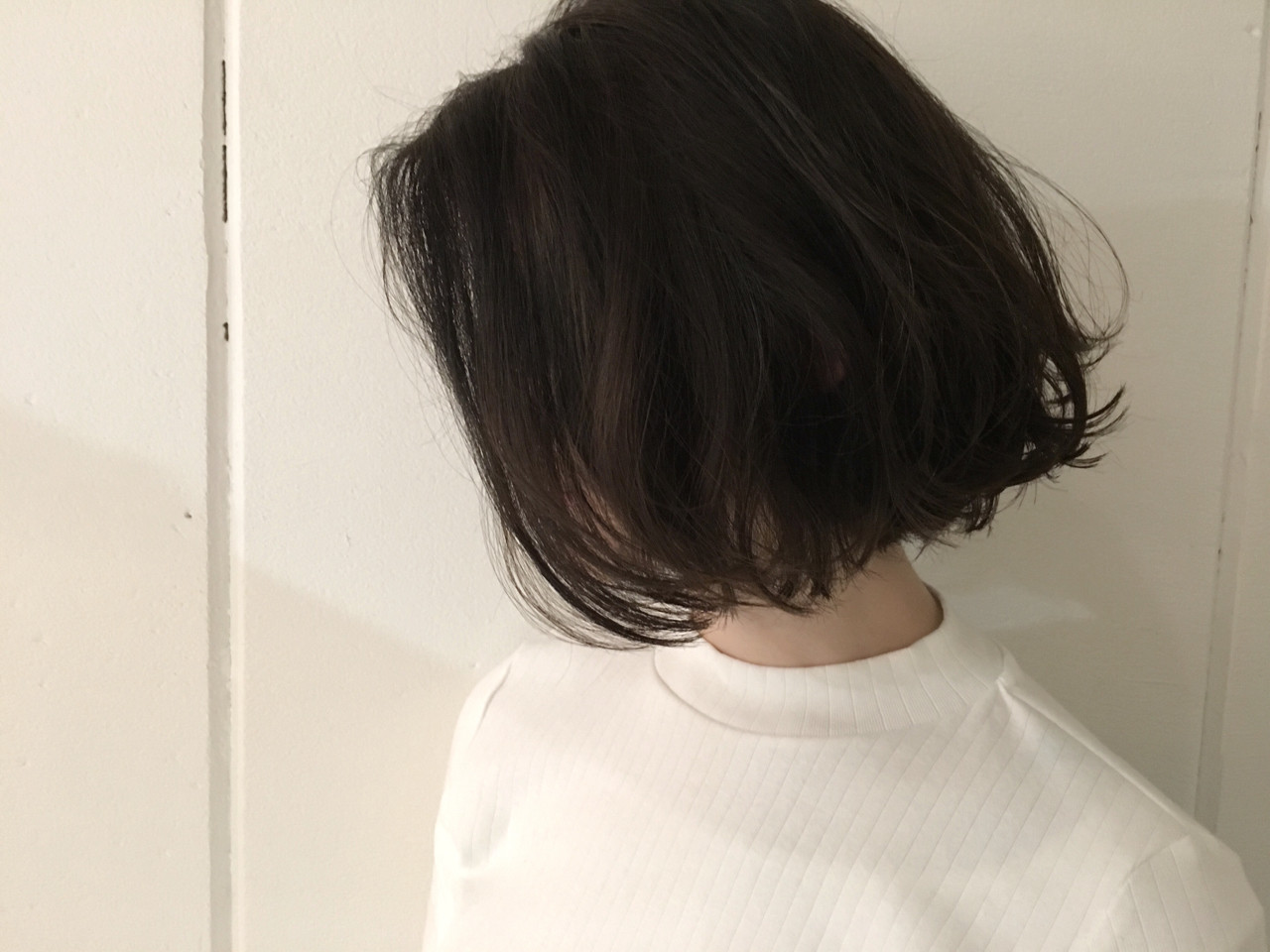 暗髪 アッシュ ボブ 外国人風 ヘアスタイルや髪型の写真・画像 | 杉谷 将也 / DiLL / DiLL