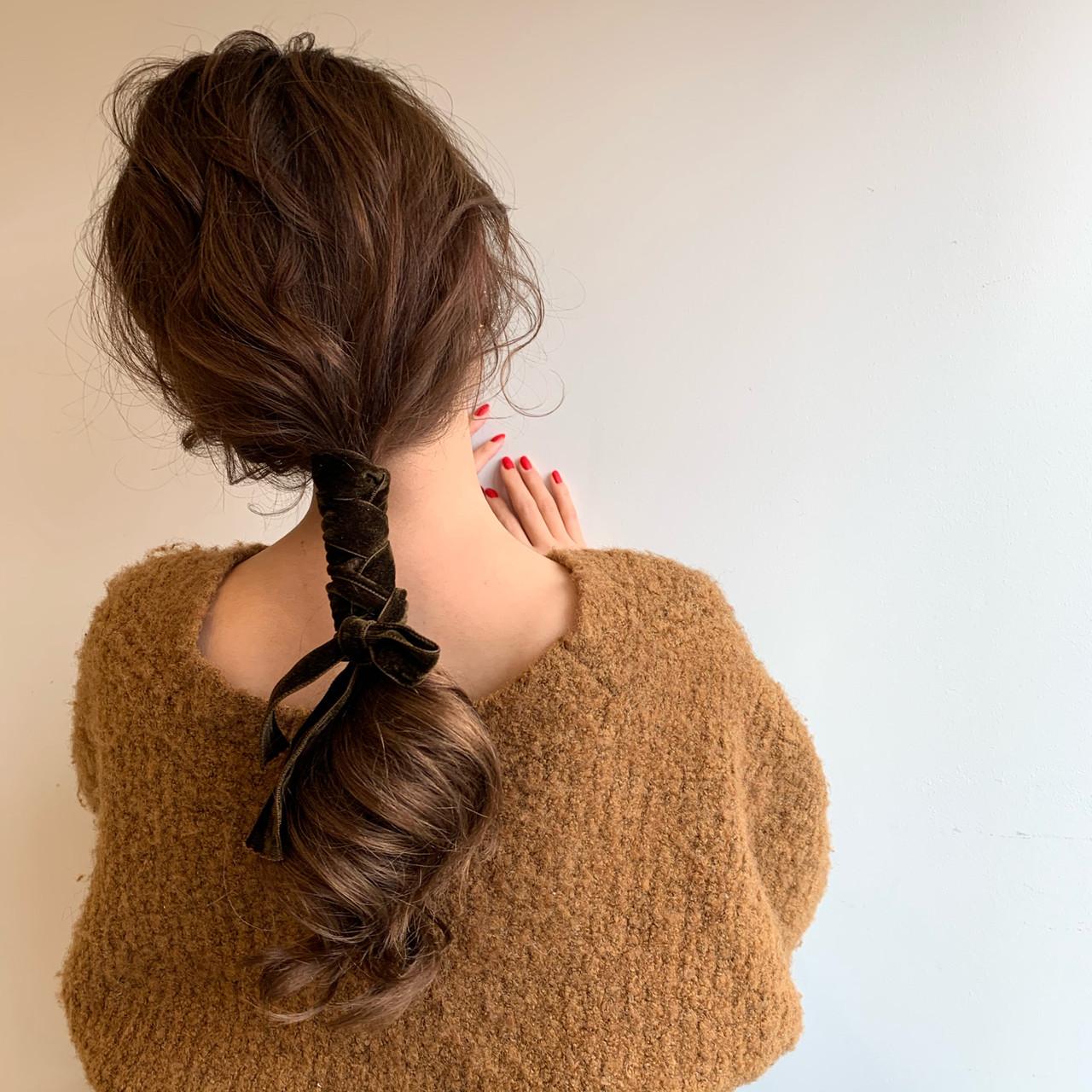 ショートヘア フェミニン ミニボブ ロングヘアスタイルや髪型の写真・画像