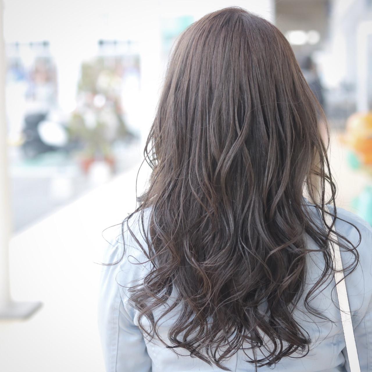 外国人風 上品 ロング エレガントヘアスタイルや髪型の写真・画像