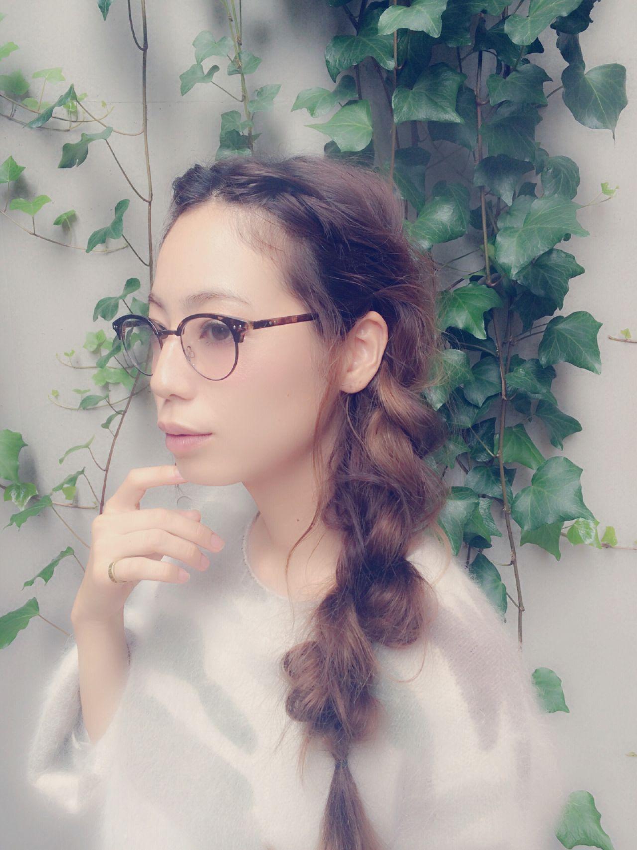 ゆるふわ ナチュラル セミロング ねじり ヘアスタイルや髪型の写真・画像 | 伊藤沙織 /