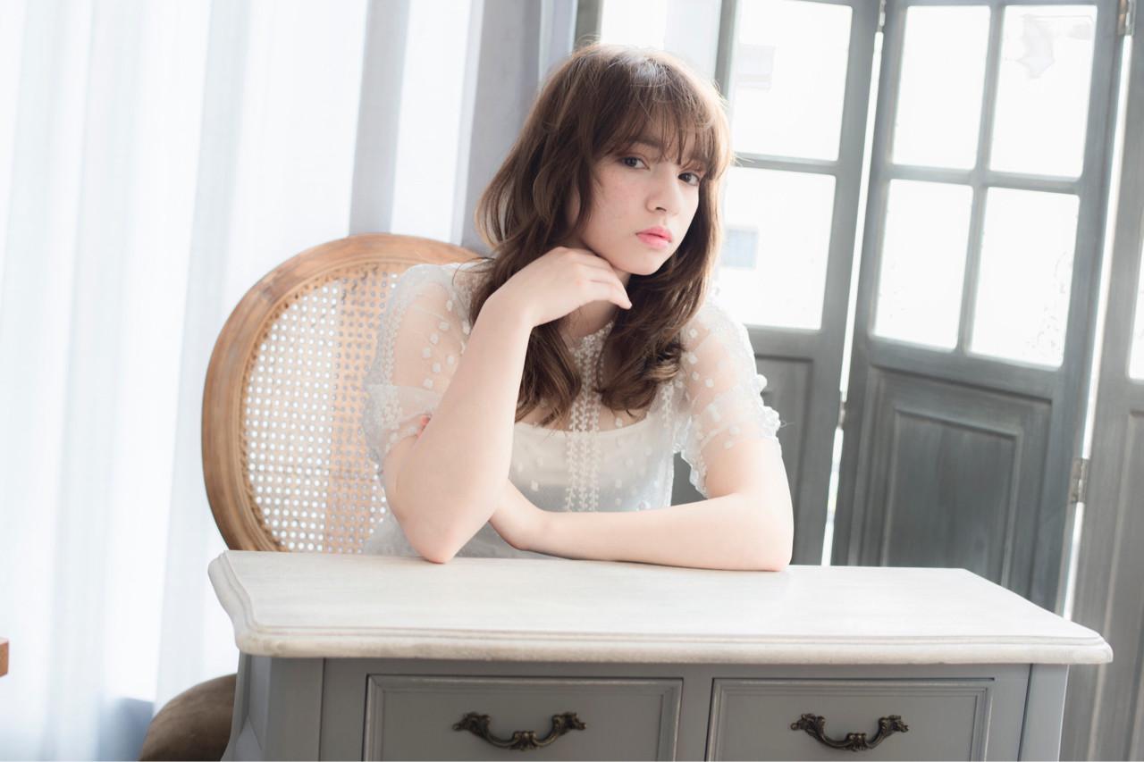 フェミニン ブラウン 外国人風 ミディアム ヘアスタイルや髪型の写真・画像 | 木田 昌吾 / keep hair design
