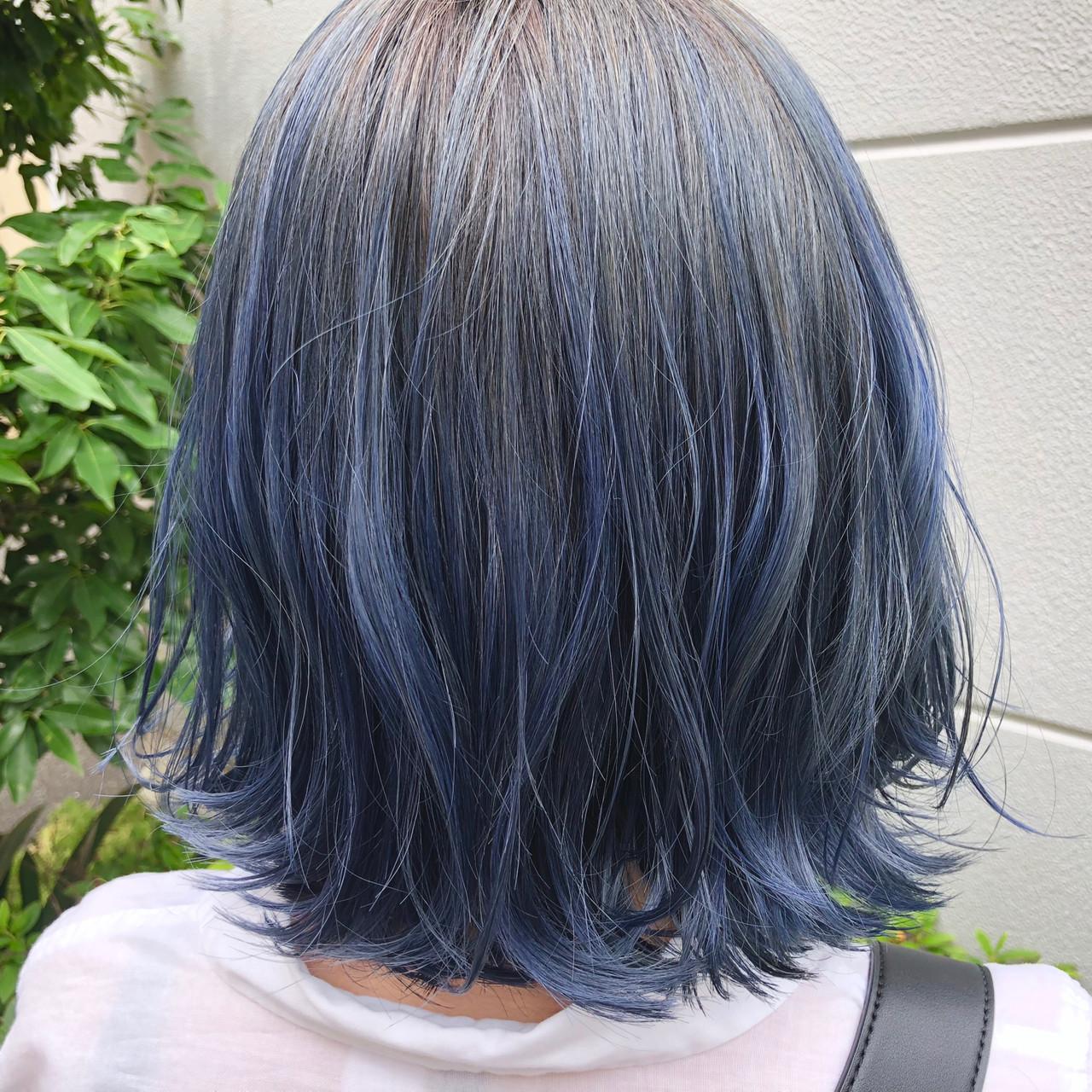 ストリート ネイビーブルー ボブ ブルーヘアスタイルや髪型の写真・画像