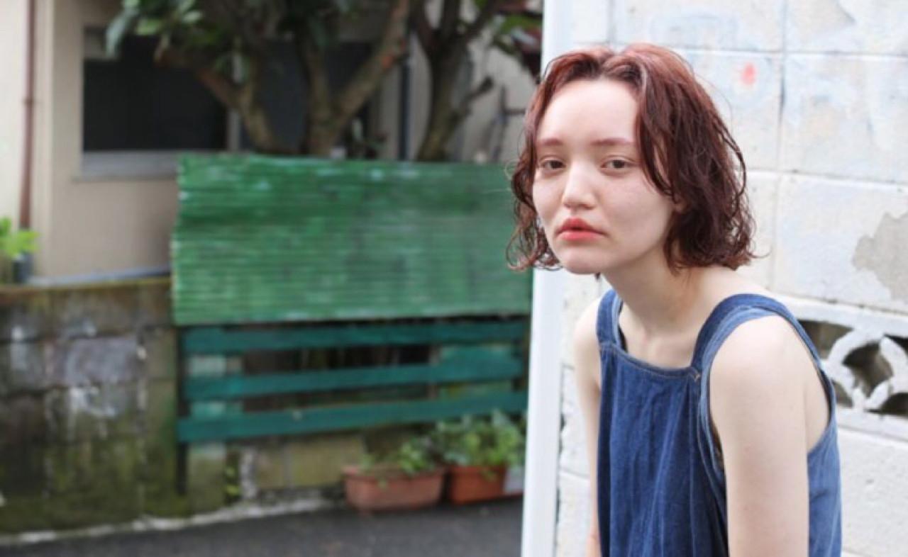 ナチュラル 外ハネ 前髪あり ボブ ヘアスタイルや髪型の写真・画像 | 冨永 真太郎 / 人トナリ