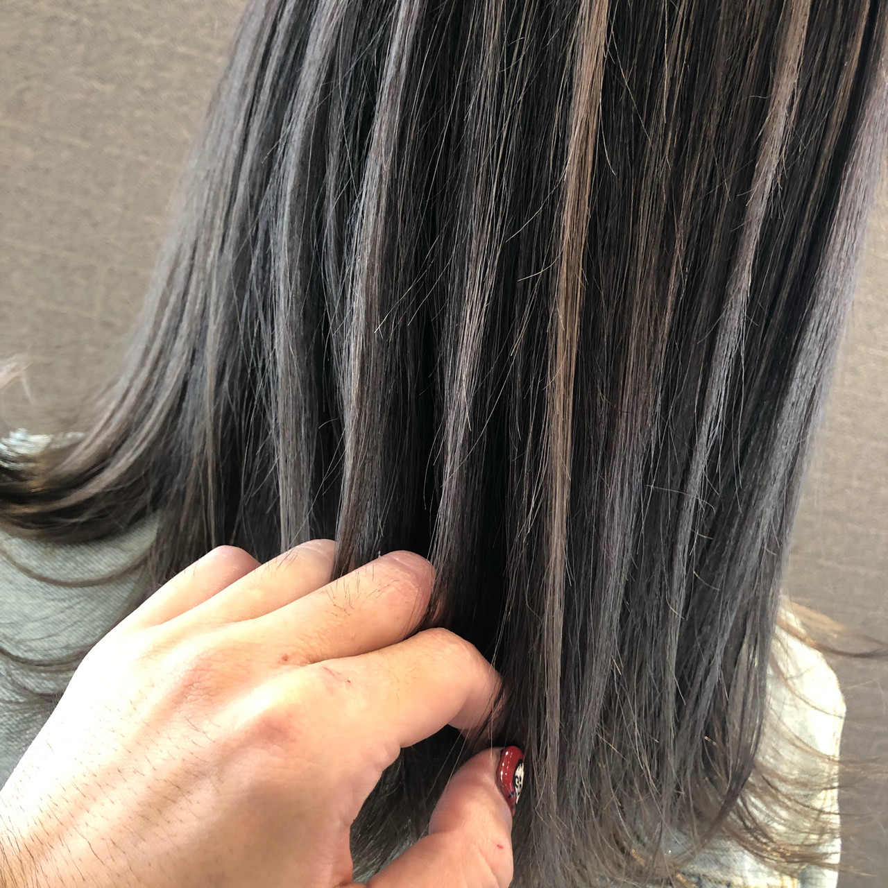 デート ミディアム バレイヤージュ 成人式 ヘアスタイルや髪型の写真・画像 | アンドウ ユウ / Agu hair edge