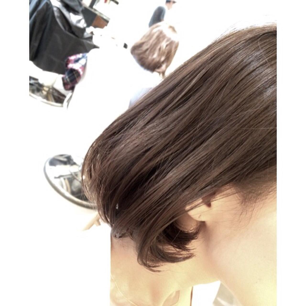 アッシュ 色気 ハイライト 外国人風 ヘアスタイルや髪型の写真・画像 | 橋本 真吾 / neolive&
