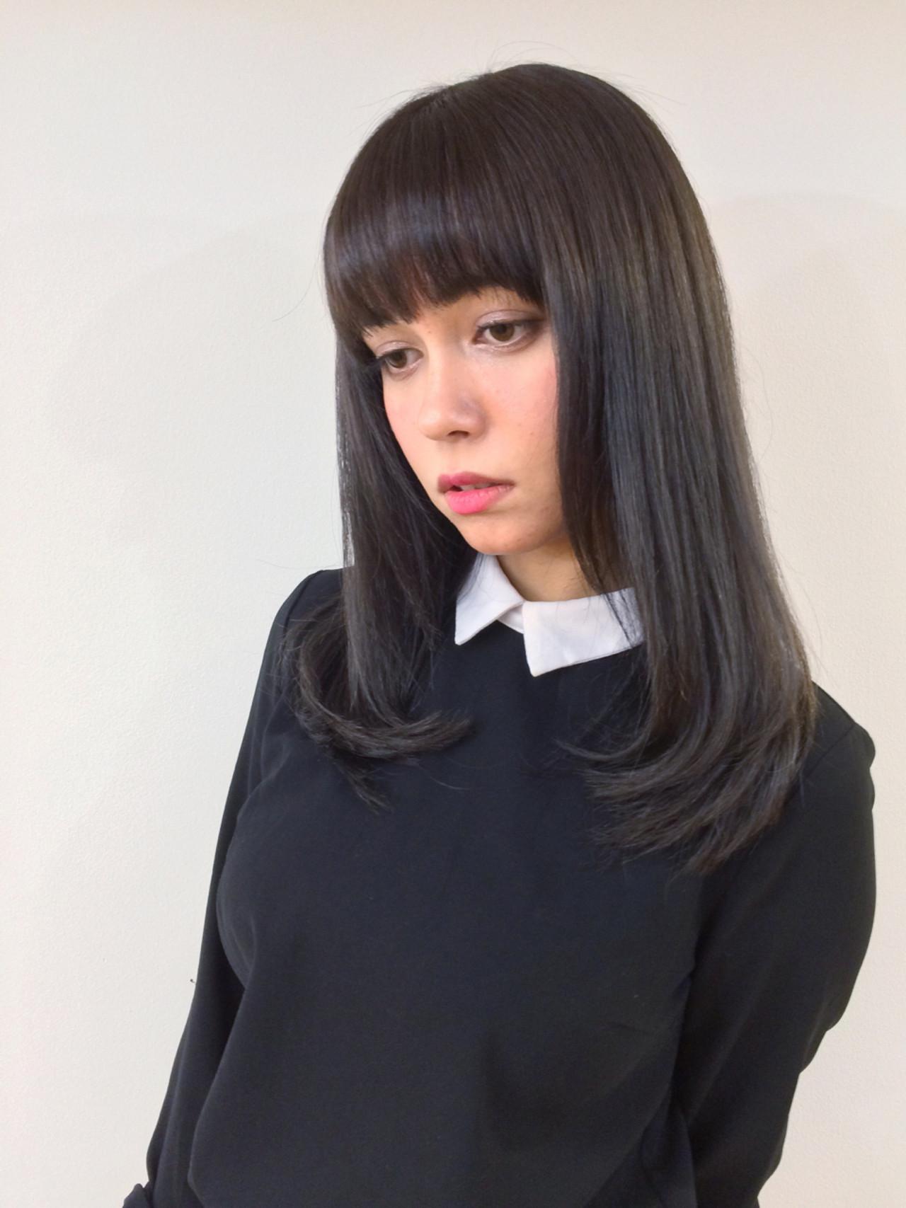 黒髪 暗髪 ストレート ロング ヘアスタイルや髪型の写真・画像