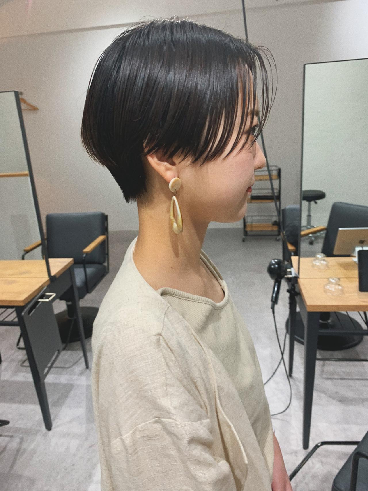 ショート デート アウトドア オフィス ヘアスタイルや髪型の写真・画像 | YUJI / LIICHI / LIICHI (リイチ)