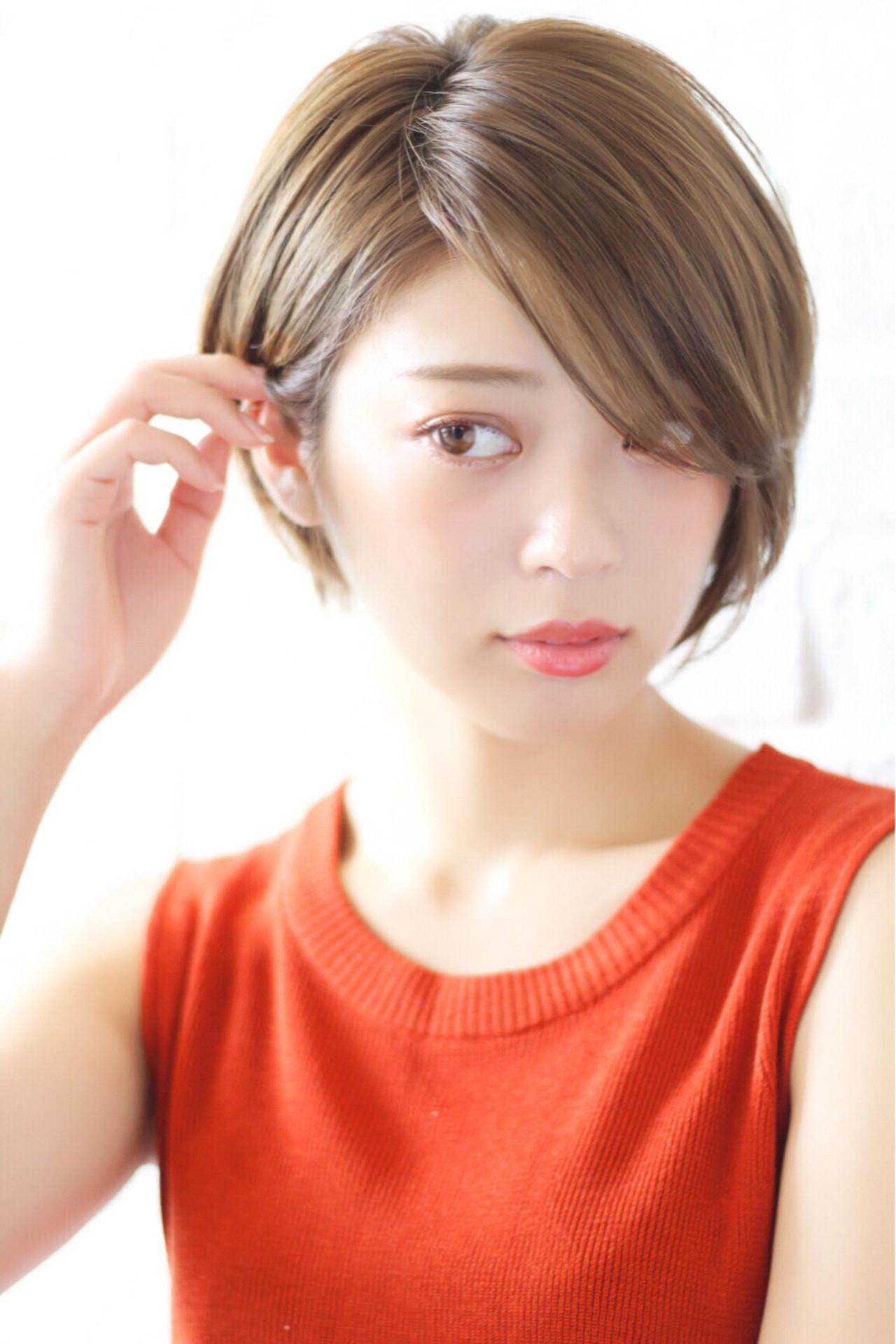 小顔 ナチュラル アッシュ 前髪あり ヘアスタイルや髪型の写真・画像 | 高橋苗 / GARDENharajuku
