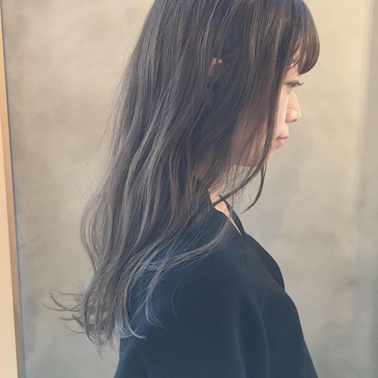 グレージュ スモーキーカラー 外国人風カラー 暗髪 ヘアスタイルや髪型の写真・画像   冨永 真太郎 / 人トナリ