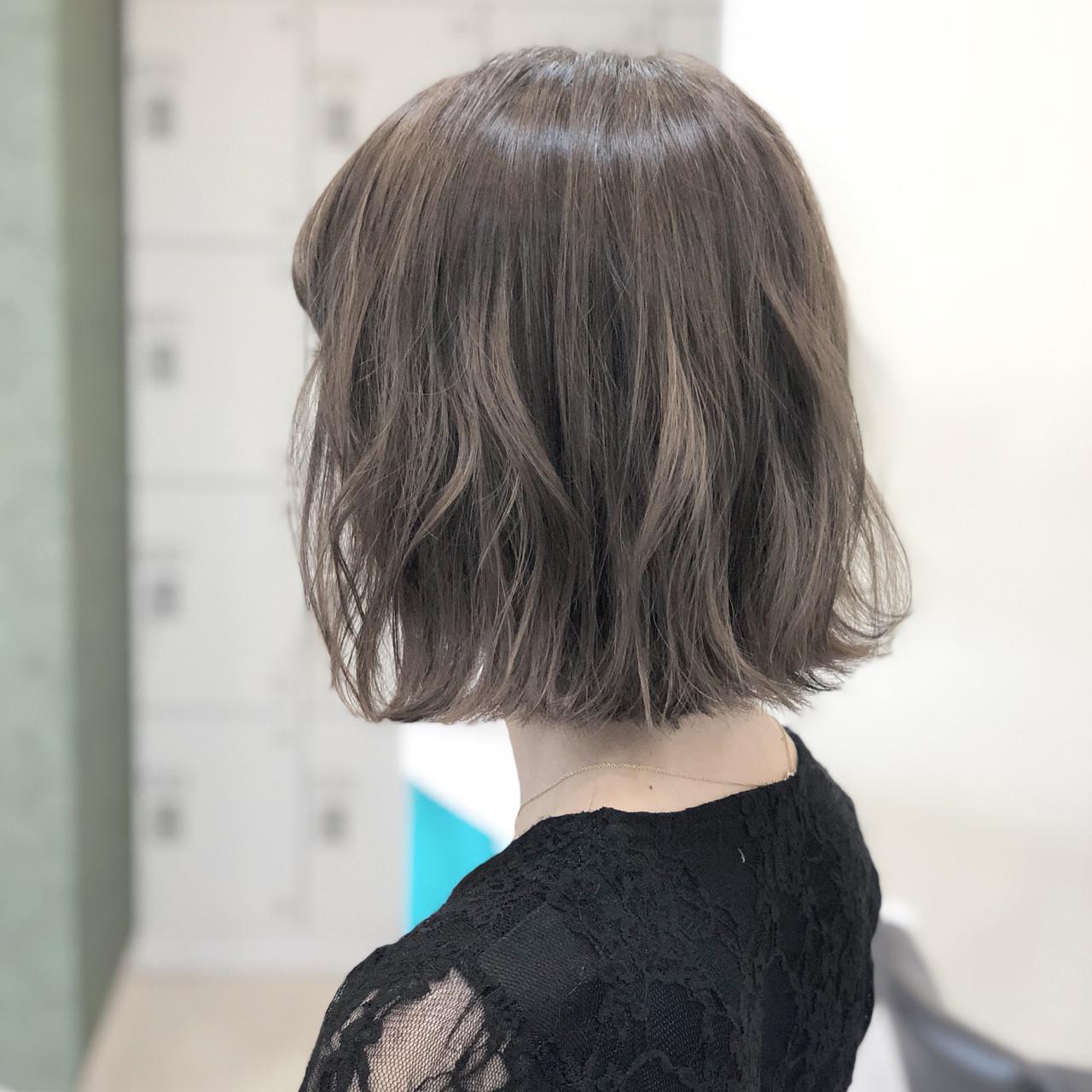 フェミニン ボブ 外国人風カラー ヘアアレンジヘアスタイルや髪型の写真・画像