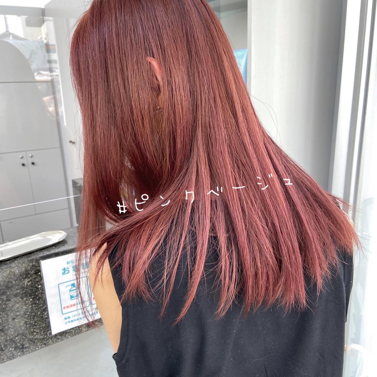 ロング ミルクティーベージュ ピンクベージュ ヌーディベージュヘアスタイルや髪型の写真・画像