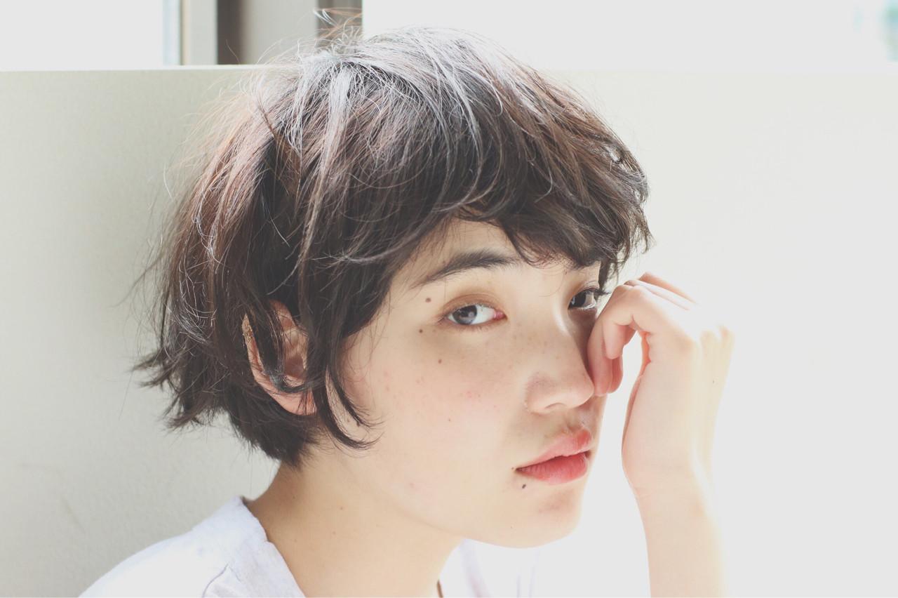 パーマ 暗髪 ナチュラル くせ毛風 ヘアスタイルや髪型の写真・画像 | 高林祐也 / nanuk渋谷店(ナヌーク)