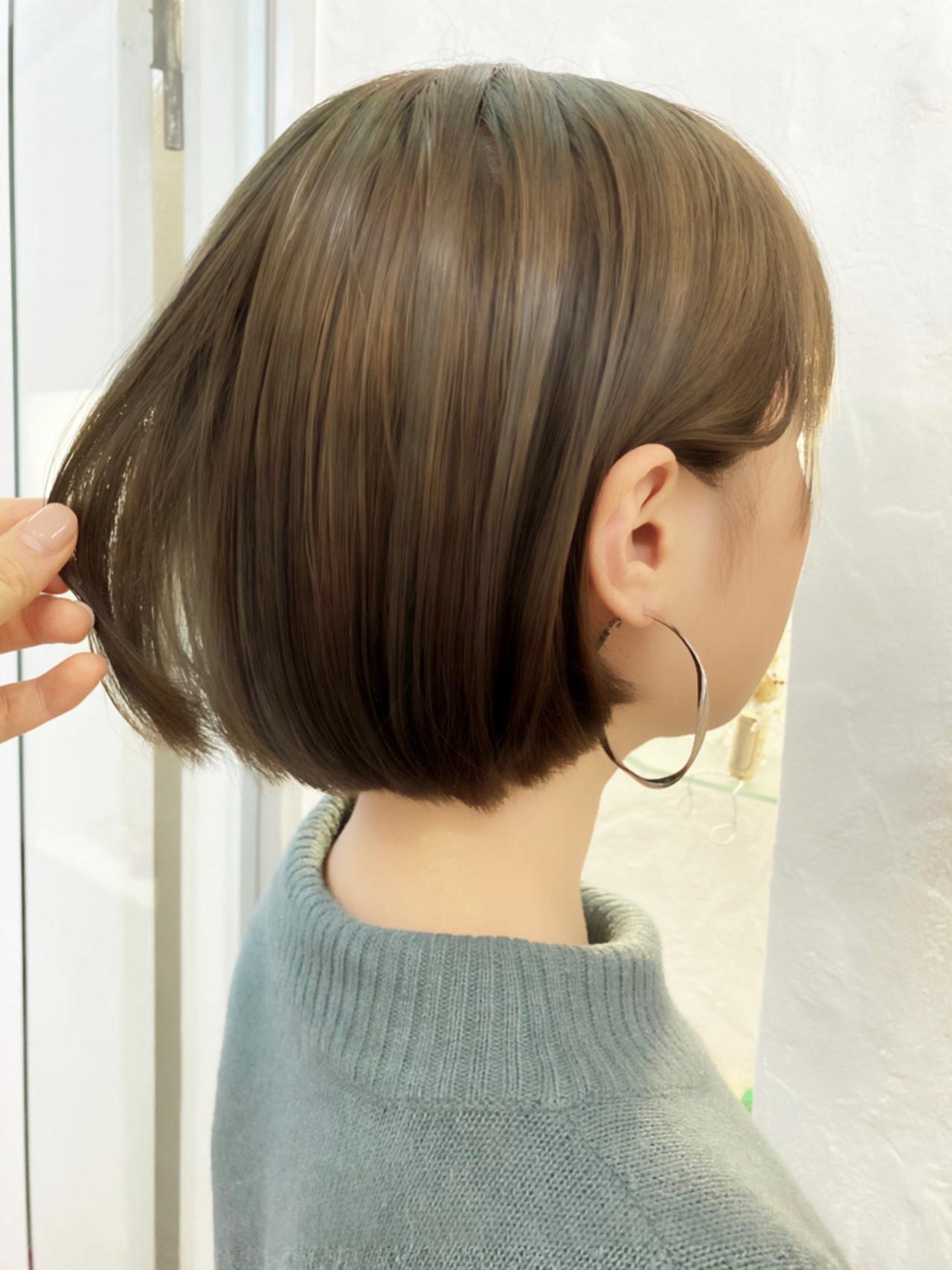 ボブ オリーブアッシュ 透明感カラー ミニボブ ヘアスタイルや髪型の写真・画像 | 小林 カナ / PREGO 【プレーゴ】