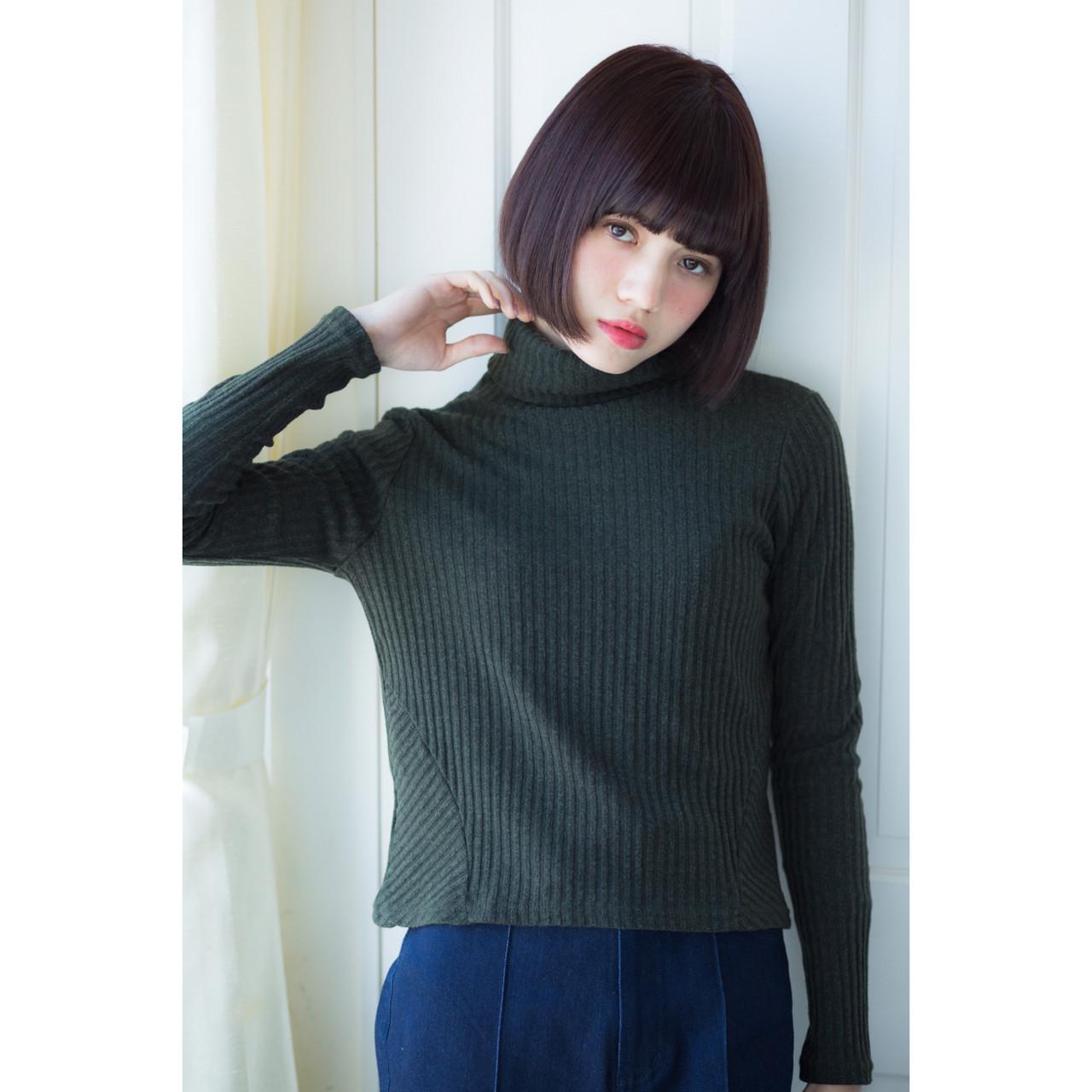 簡単 暗髪 大人かわいい ボブ ヘアスタイルや髪型の写真・画像 | 瀧野達彦 / SiSi
