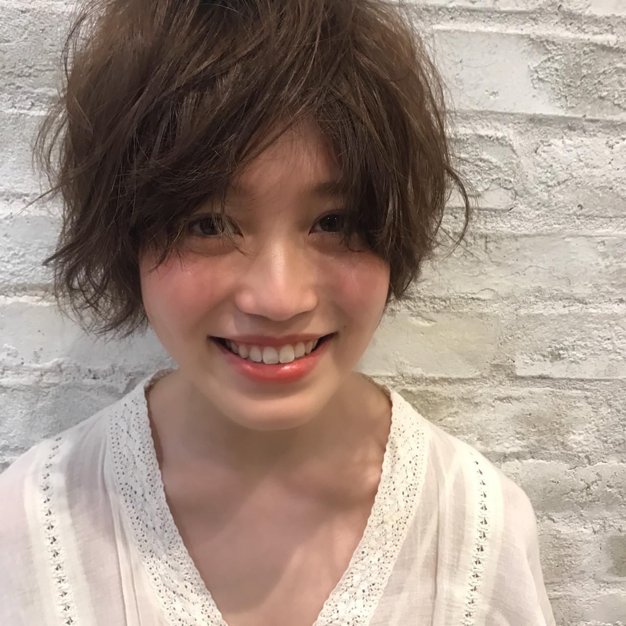 透明感 パーマ 大人かわいい ナチュラルヘアスタイルや髪型の写真・画像