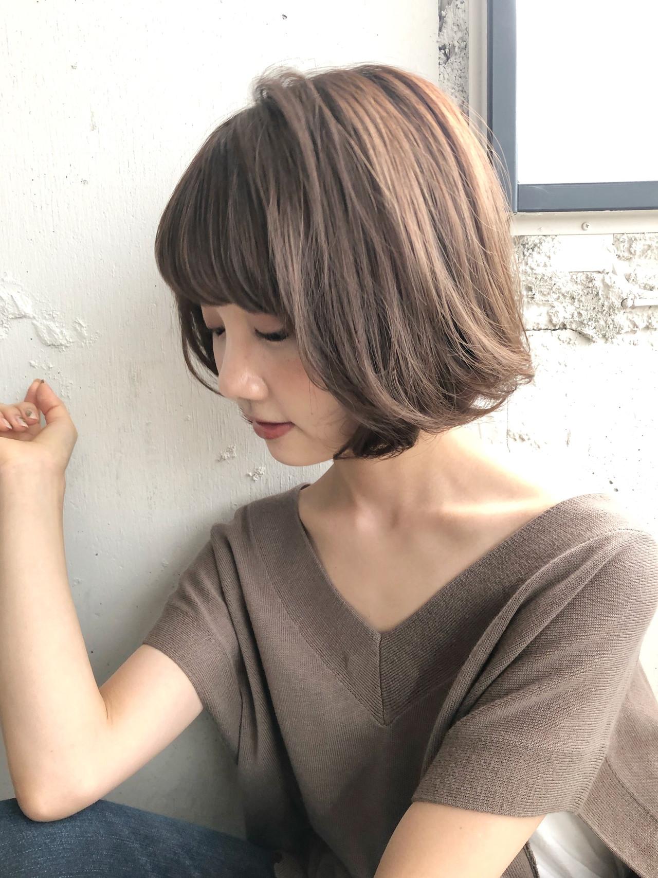デジタルパーマ マッシュヘア ショート ナチュラルヘアスタイルや髪型の写真・画像