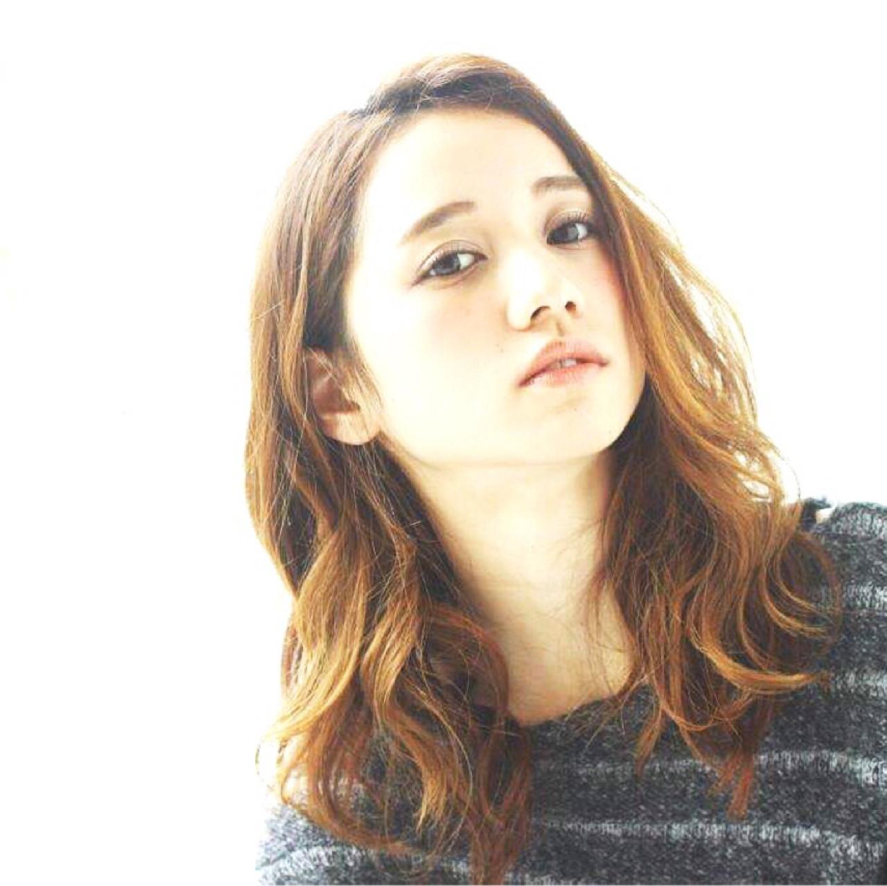 大人かわいい ナチュラル ふわふわ 外国人風 ヘアスタイルや髪型の写真・画像 | 切りっぱなしボブを流行らせた人 Un ami増永 / Un ami omotesando