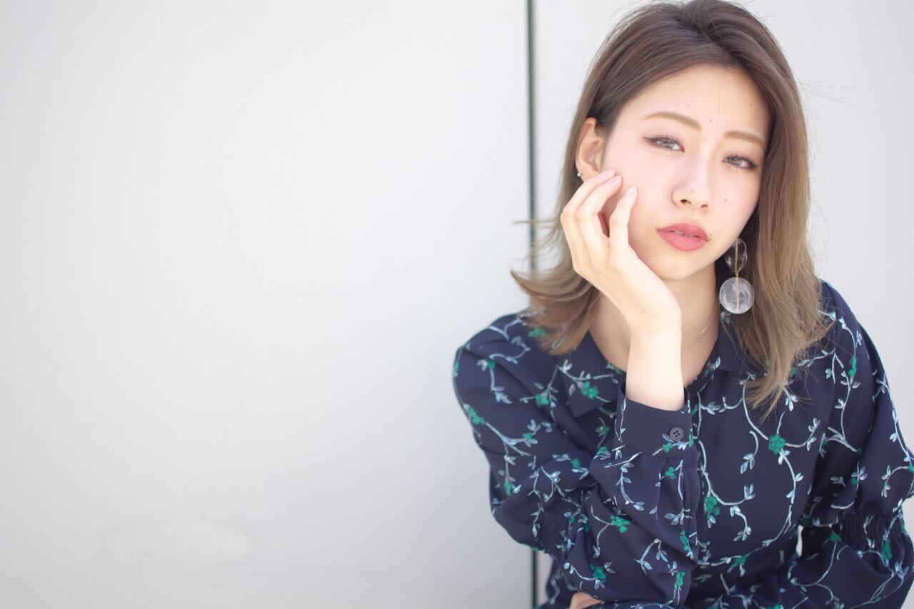 ミディアム フェミニン デート 抜け感 ヘアスタイルや髪型の写真・画像 | 【noine】斉藤 正敏 / noine