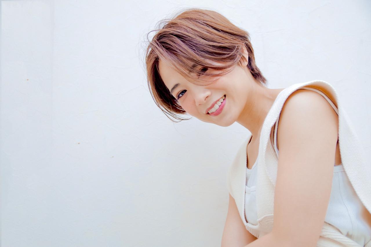 ショートヘア デート ナチュラル 外国人風 ヘアスタイルや髪型の写真・画像 | 大越 勇嗣 / VISAGE Oak
