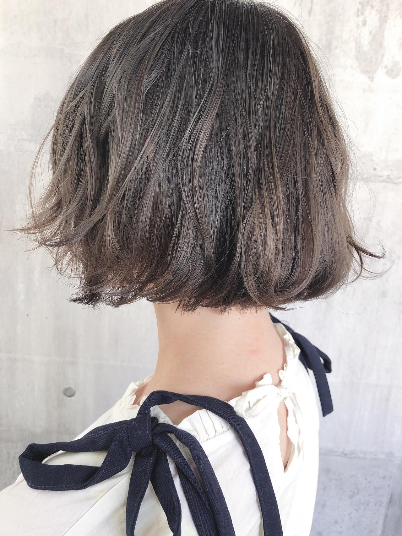 外ハネボブ アッシュベージュ ミニボブ グレージュ ヘアスタイルや髪型の写真・画像 | 上田智久 / ooit 福岡 天神 / ooit
