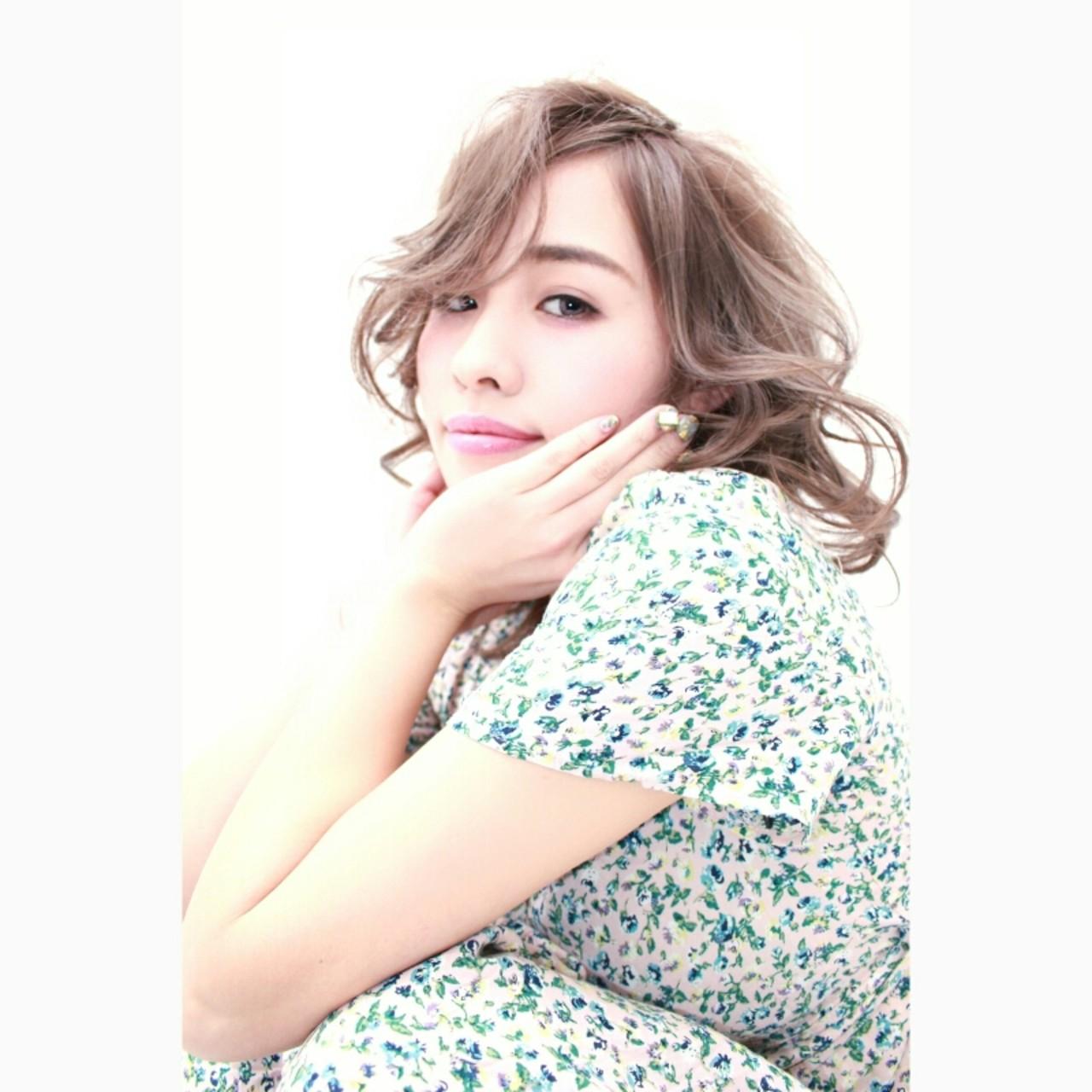 ミディアム 小顔 ナチュラル 外国人風 ヘアスタイルや髪型の写真・画像 | 安井 昴 / Ash 大宮