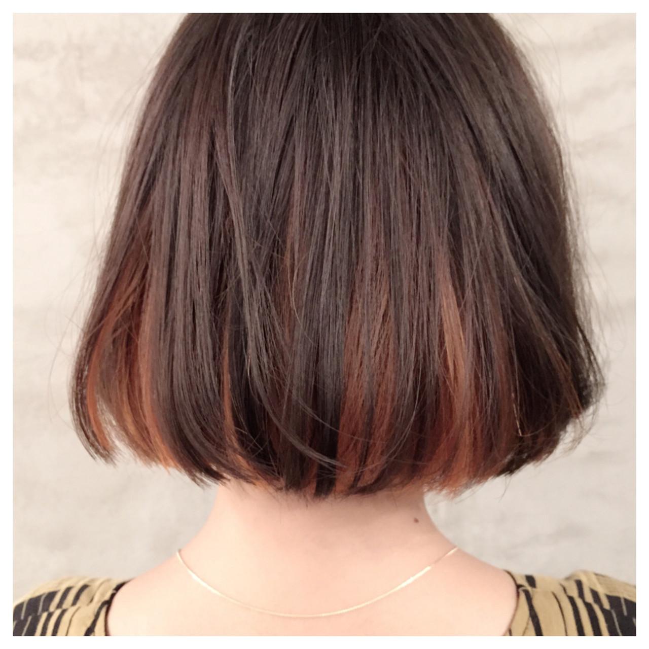 イエロー アッシュ インナーカラー ボブ ヘアスタイルや髪型の写真・画像   岡本 光太 / Acotto Labas
