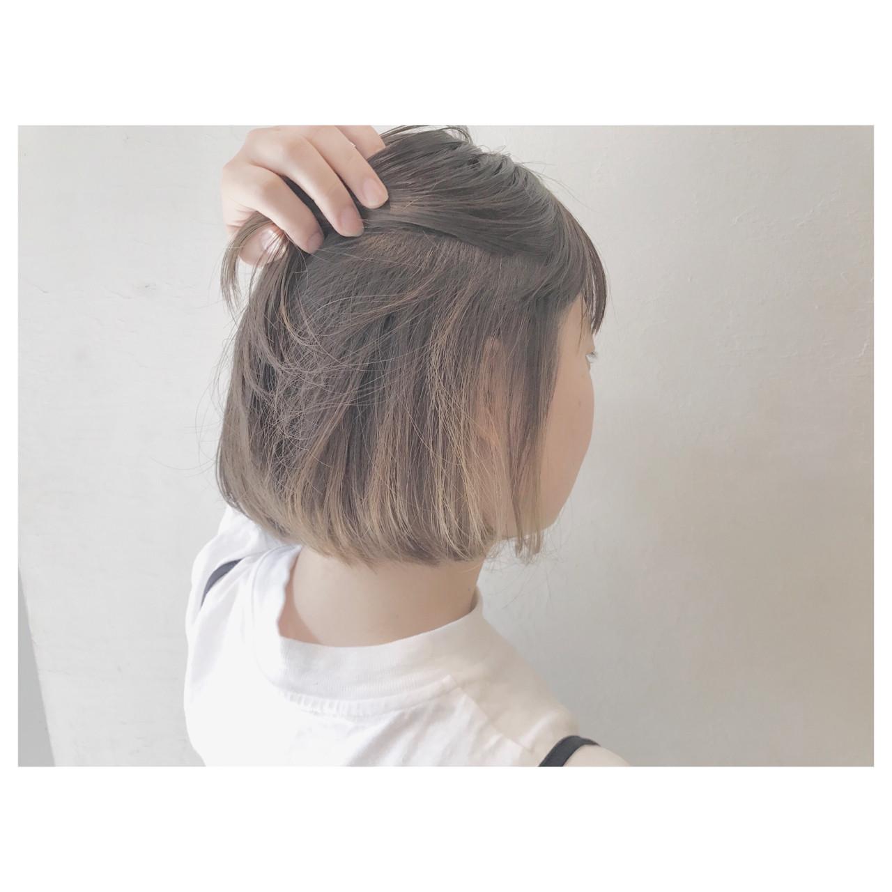 リラックス デート ウェーブ ボブ ヘアスタイルや髪型の写真・画像 | 落合 瞳 / freelance