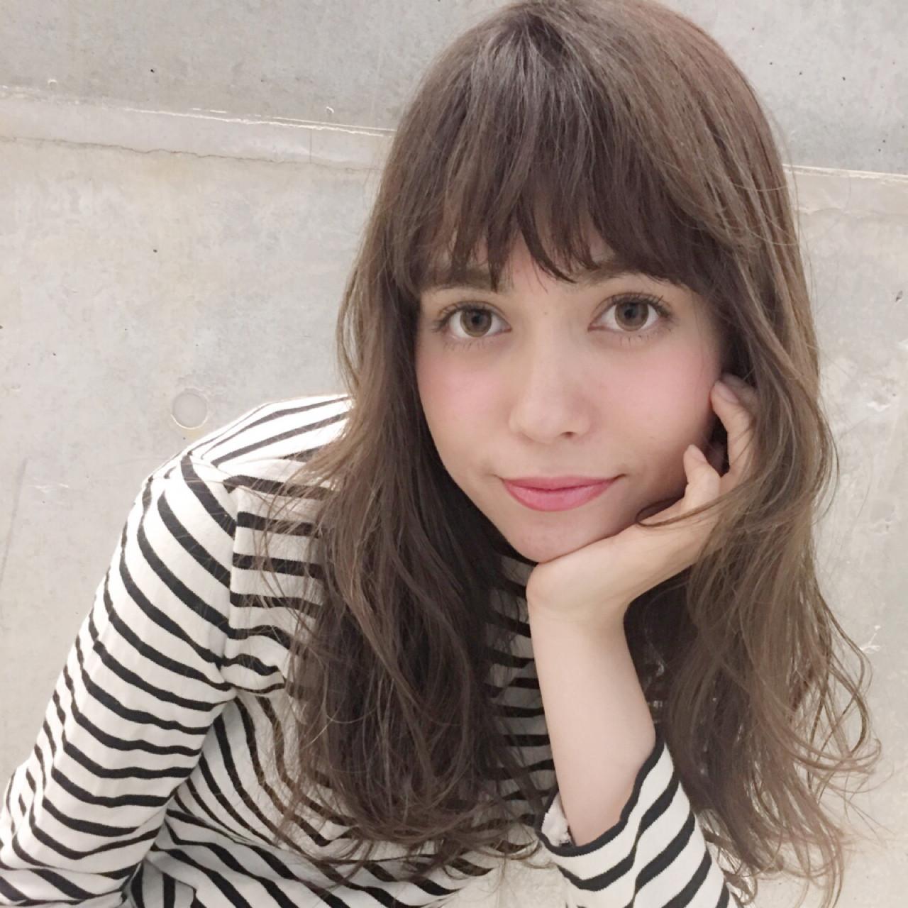 アッシュ ガーリー ハイライト ニュアンス ヘアスタイルや髪型の写真・画像 | 園田 雄史(YUSHI) / Cocoon