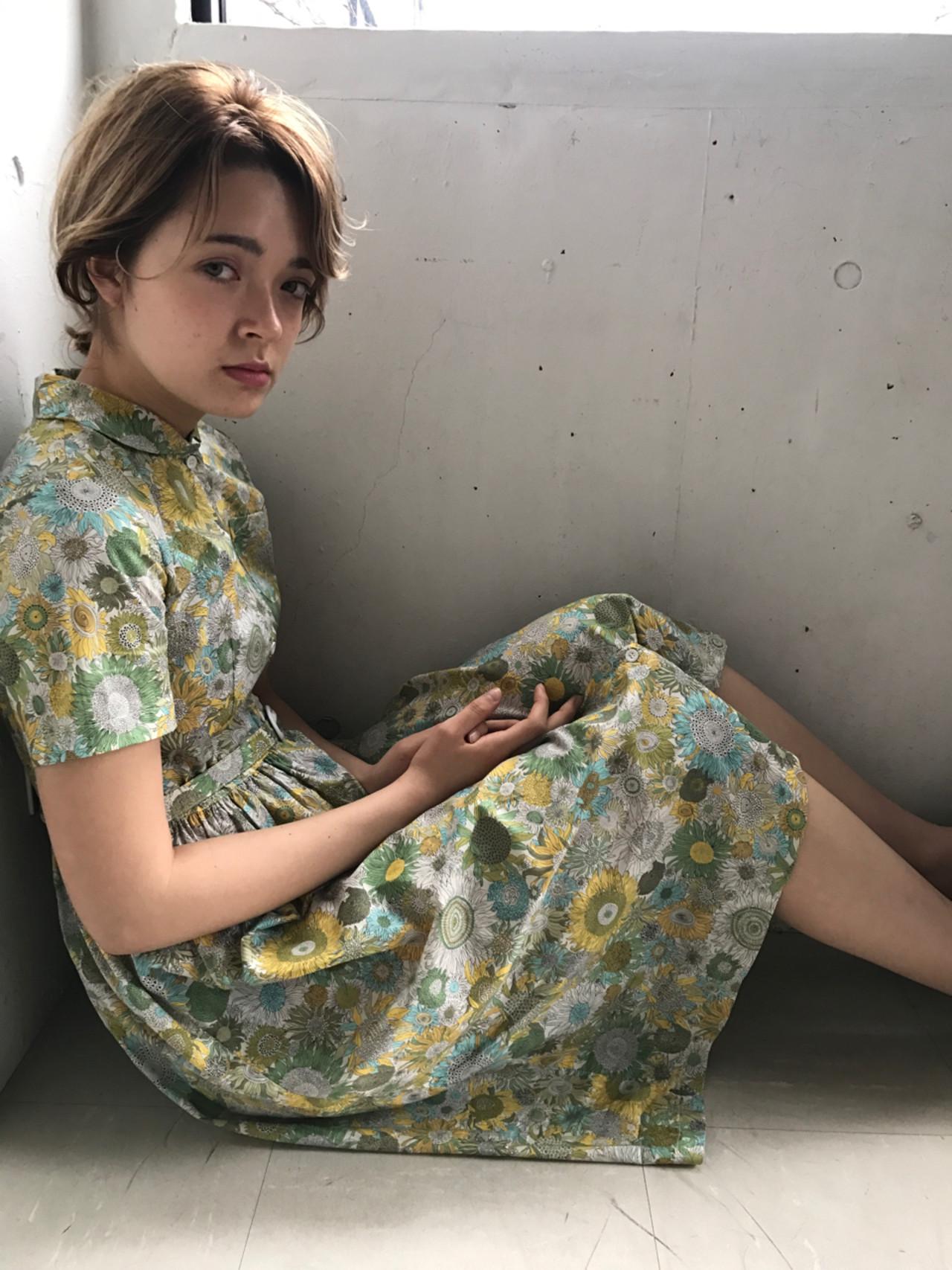 ヘアアレンジ ミディアム デート モード ヘアスタイルや髪型の写真・画像 | 小西敬二郎 / Heartim
