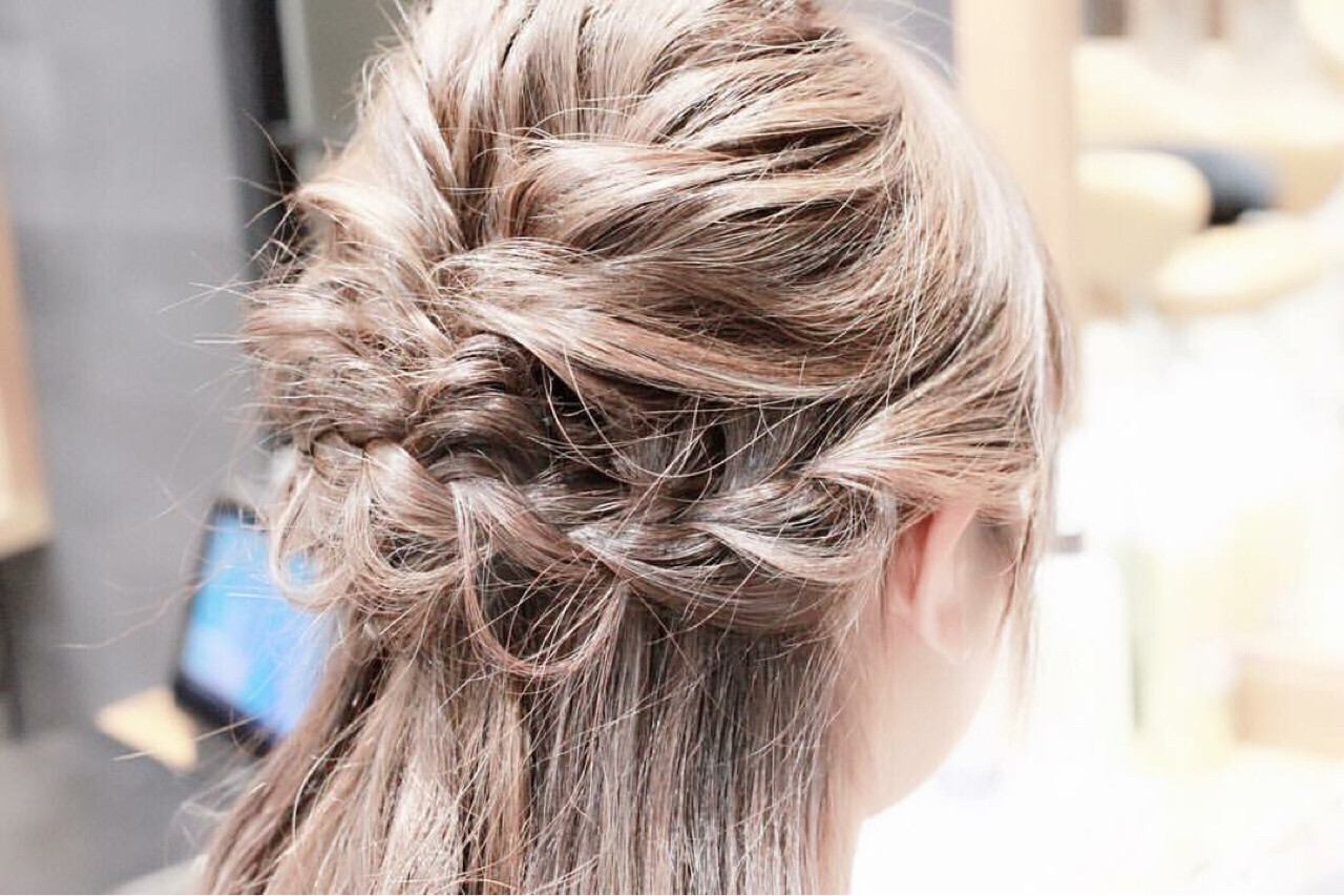 ショート ヘアアレンジ アッシュ 大人女子 ヘアスタイルや髪型の写真・画像 | kotono / hair&make earth