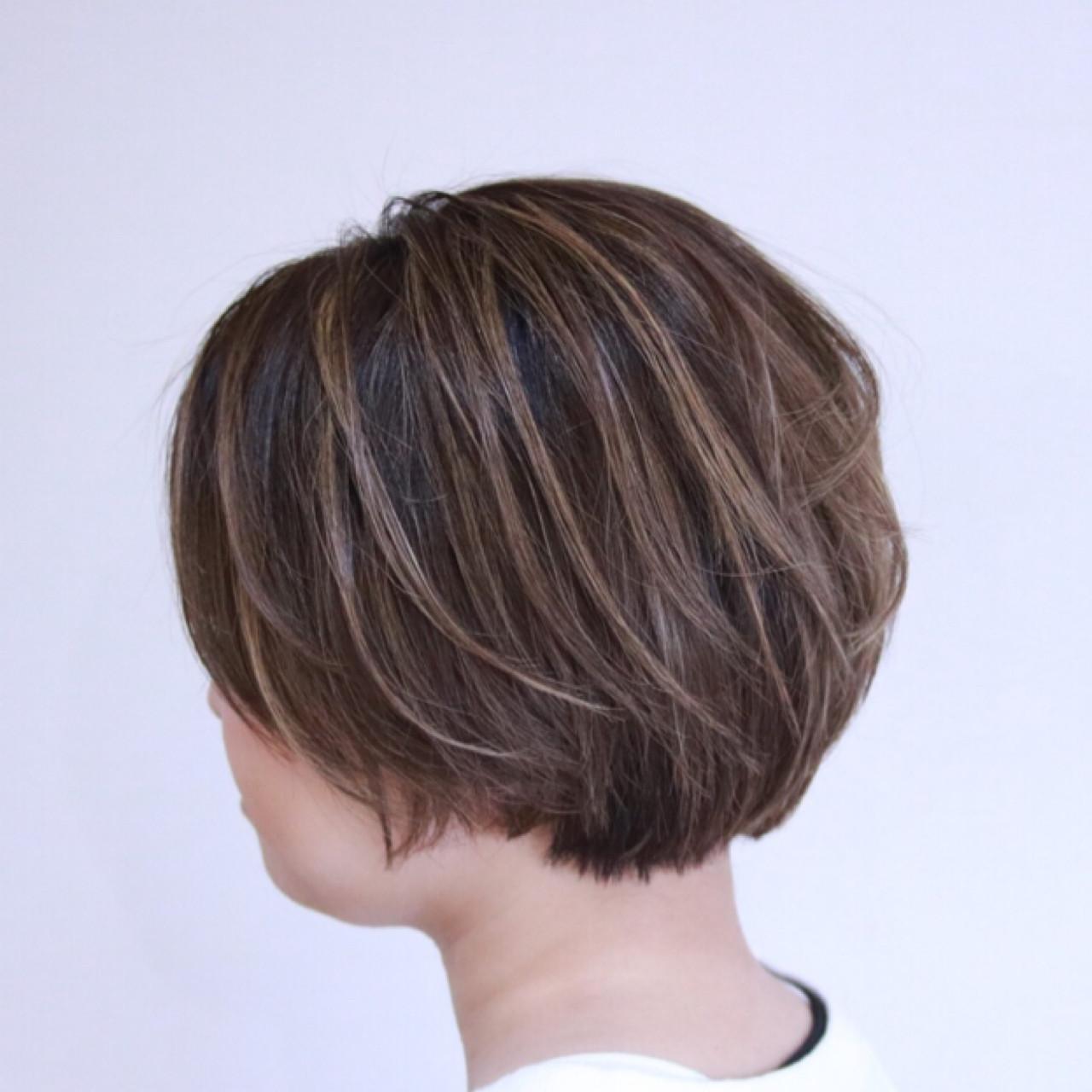 ショート ボブ ショートボブ ナチュラルヘアスタイルや髪型の写真・画像