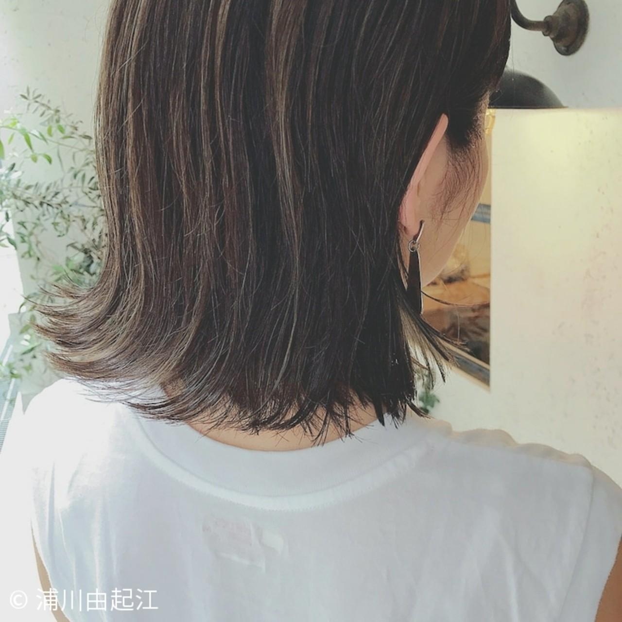 デート ハイライト 切りっぱなし 大人かわいい ヘアスタイルや髪型の写真・画像 | 浦川由起江 / nanon
