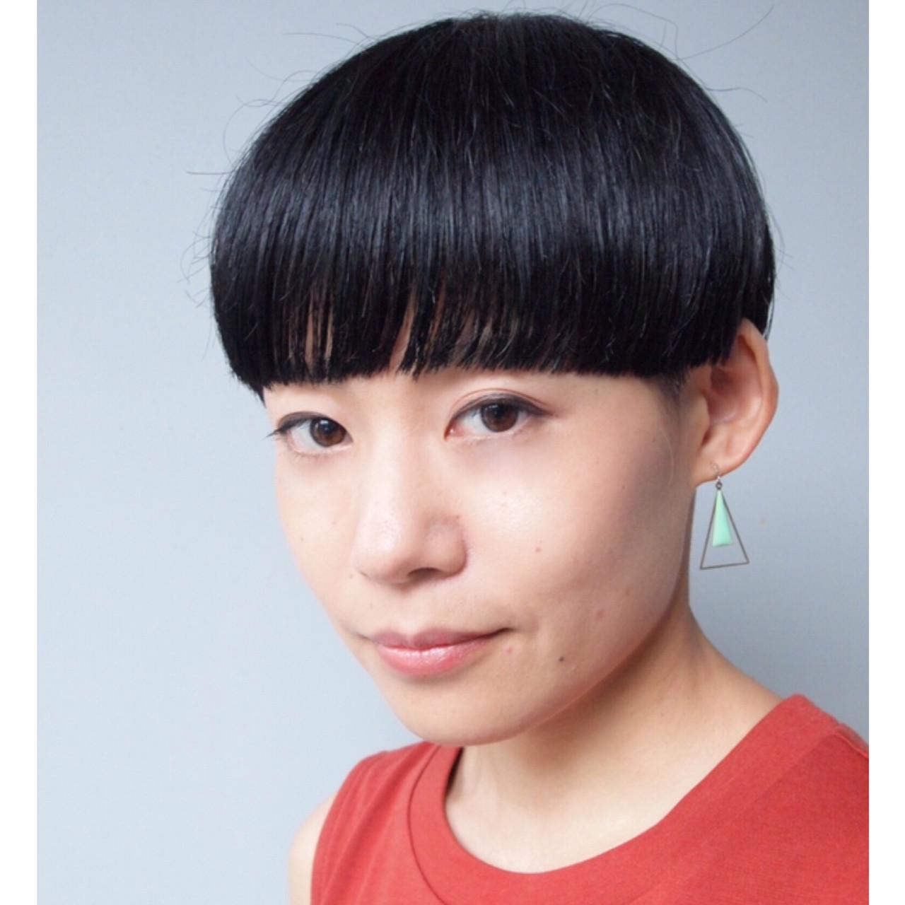 刈り上げ女子 マッシュショート オフィス モード ヘアスタイルや髪型の写真・画像 | 畑山拓也 / Baco.