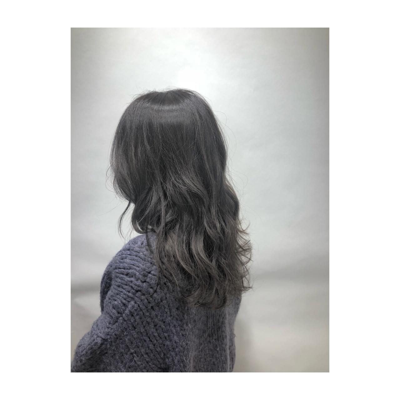 ハイライト 透明感 グレー グレージュ ヘアスタイルや髪型の写真・画像 | 武石凌兵 / EARTH荻窪店