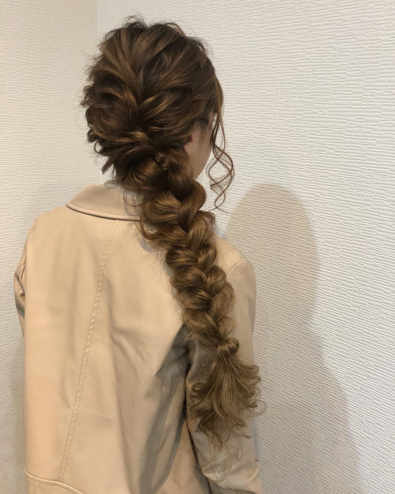 ガーリー 編みおろしヘア ヘアセット 編み込みヘアスタイルや髪型の写真・画像