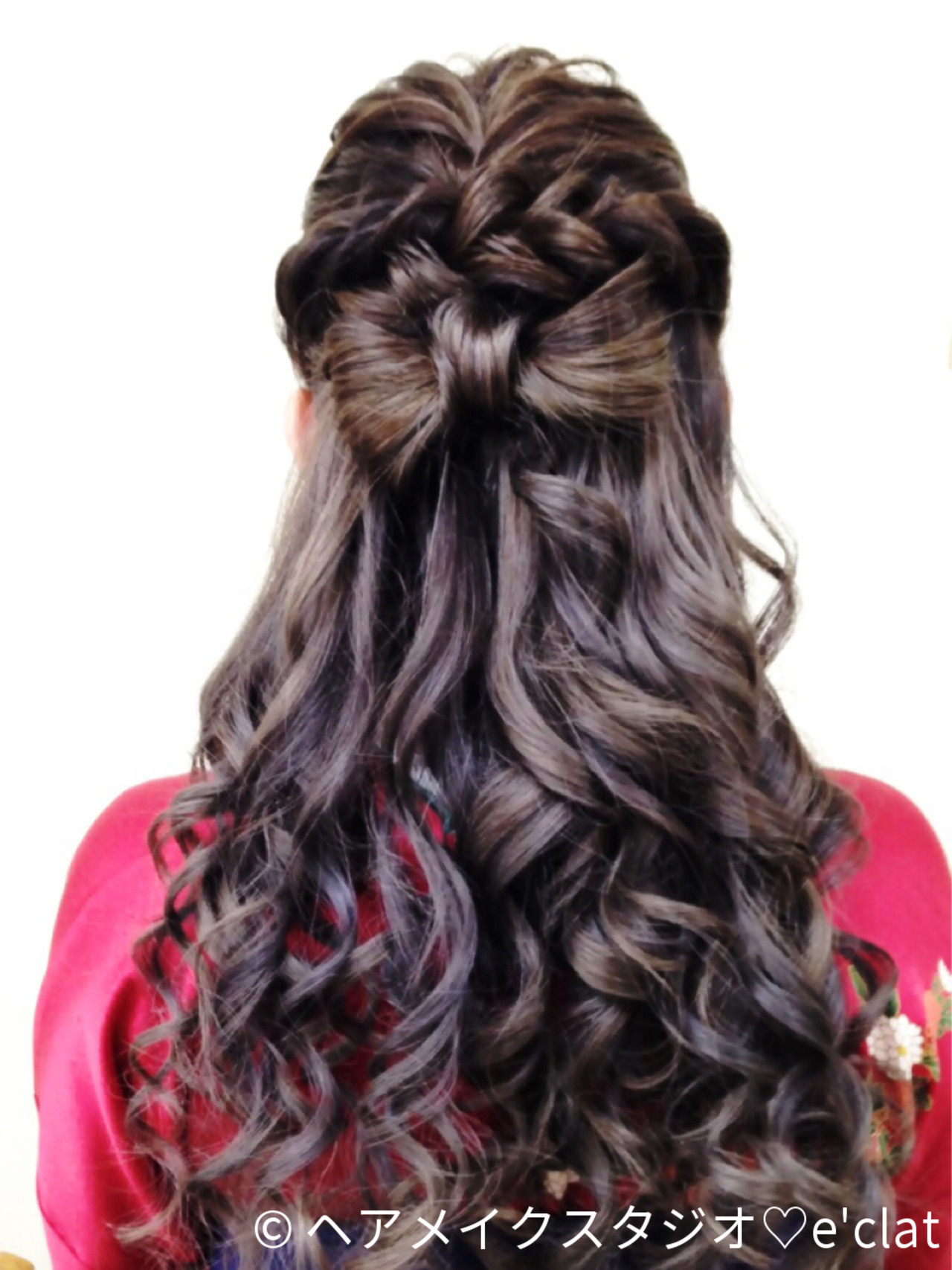 ねじり ヘアアレンジ ロング 袴ヘアスタイルや髪型の写真・画像