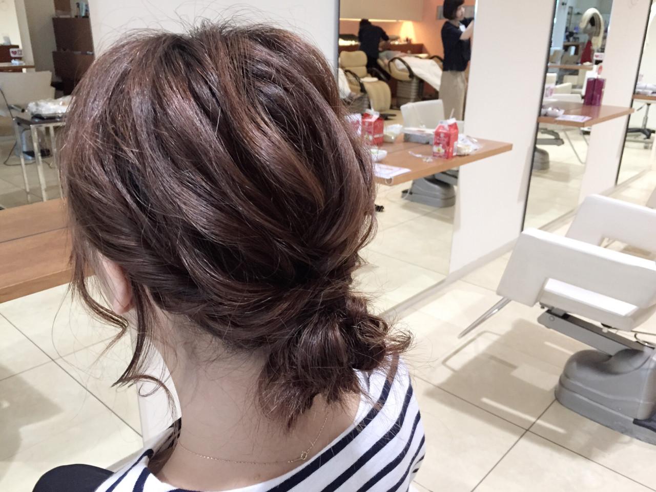 セミロング 波ウェーブ 大人かわいい ヘアアレンジ ヘアスタイルや髪型の写真・画像 | 小田 孝一 / Oase makoto hair brands