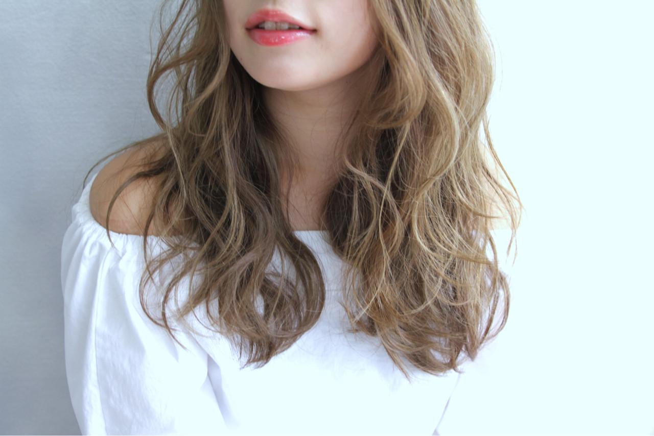 ロング パーマ グラデーションカラー 外国人風ヘアスタイルや髪型の写真・画像