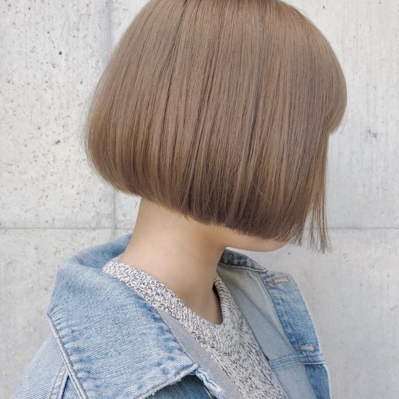 ナチュラル ボブ ブリーチ ミルクティーベージュヘアスタイルや髪型の写真・画像