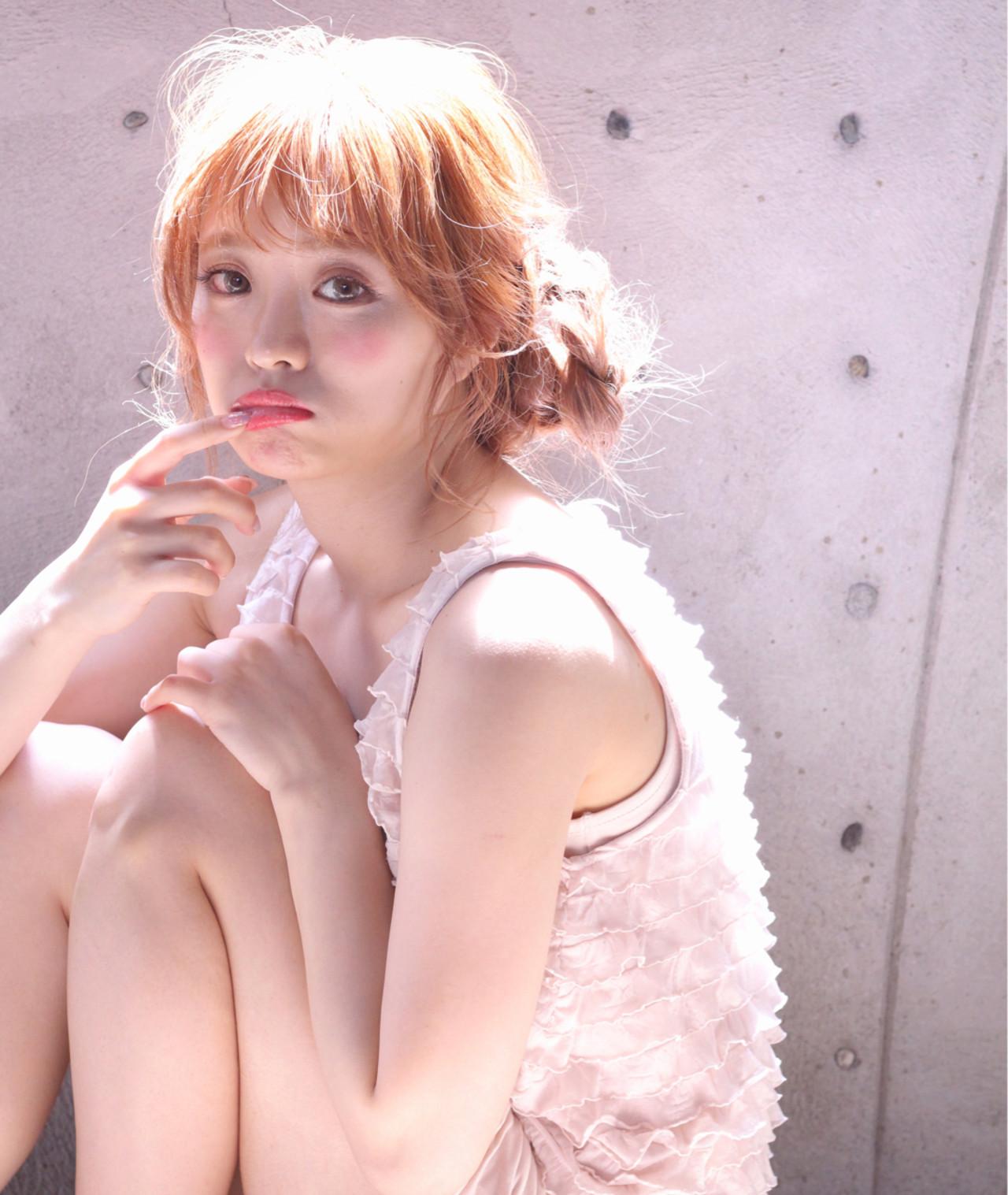 簡単ヘアアレンジ おフェロ セミロング フェミニン ヘアスタイルや髪型の写真・画像 | Wataru Maeda / cache cache