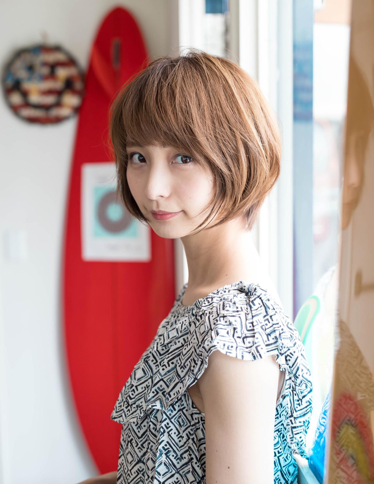 【40代女性向け】丸顔さんを小顔に見せるショートヘアカタログ