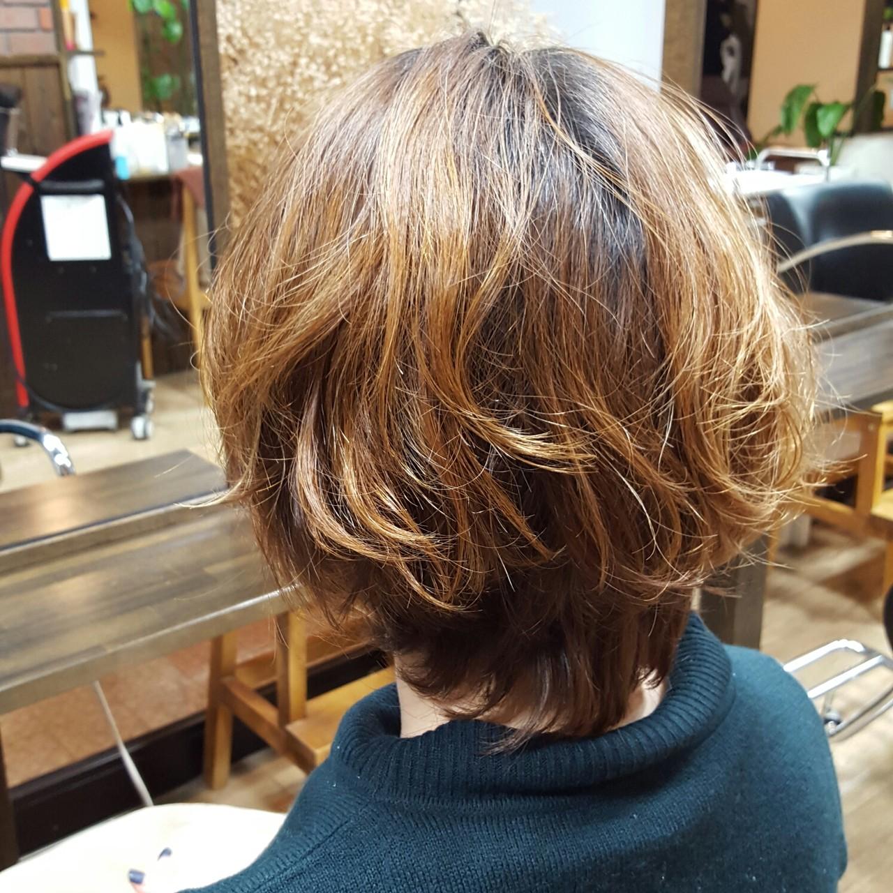 ナチュラル ショート ショートボブ ゆるふわヘアスタイルや髪型の写真・画像