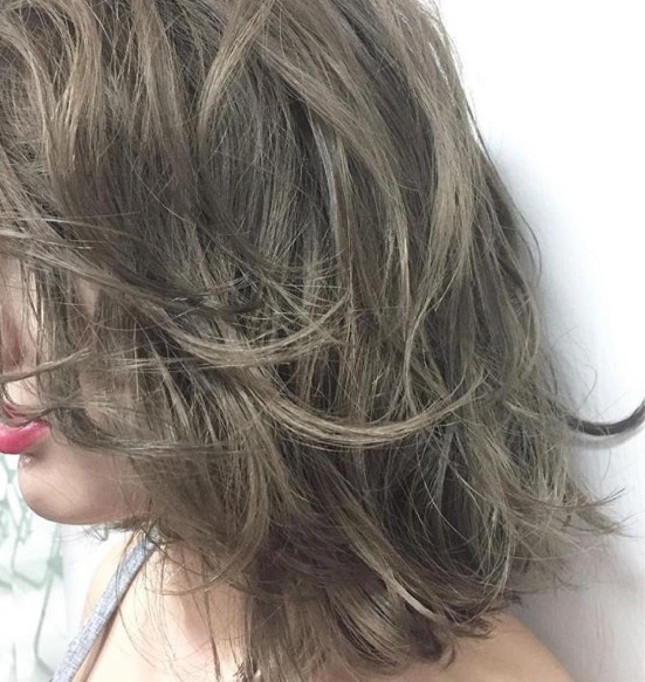 フェミニン 外ハネ こなれ感 ミディアム ヘアスタイルや髪型の写真・画像 | 丸山 勇人 / Tierra (ティエラ)