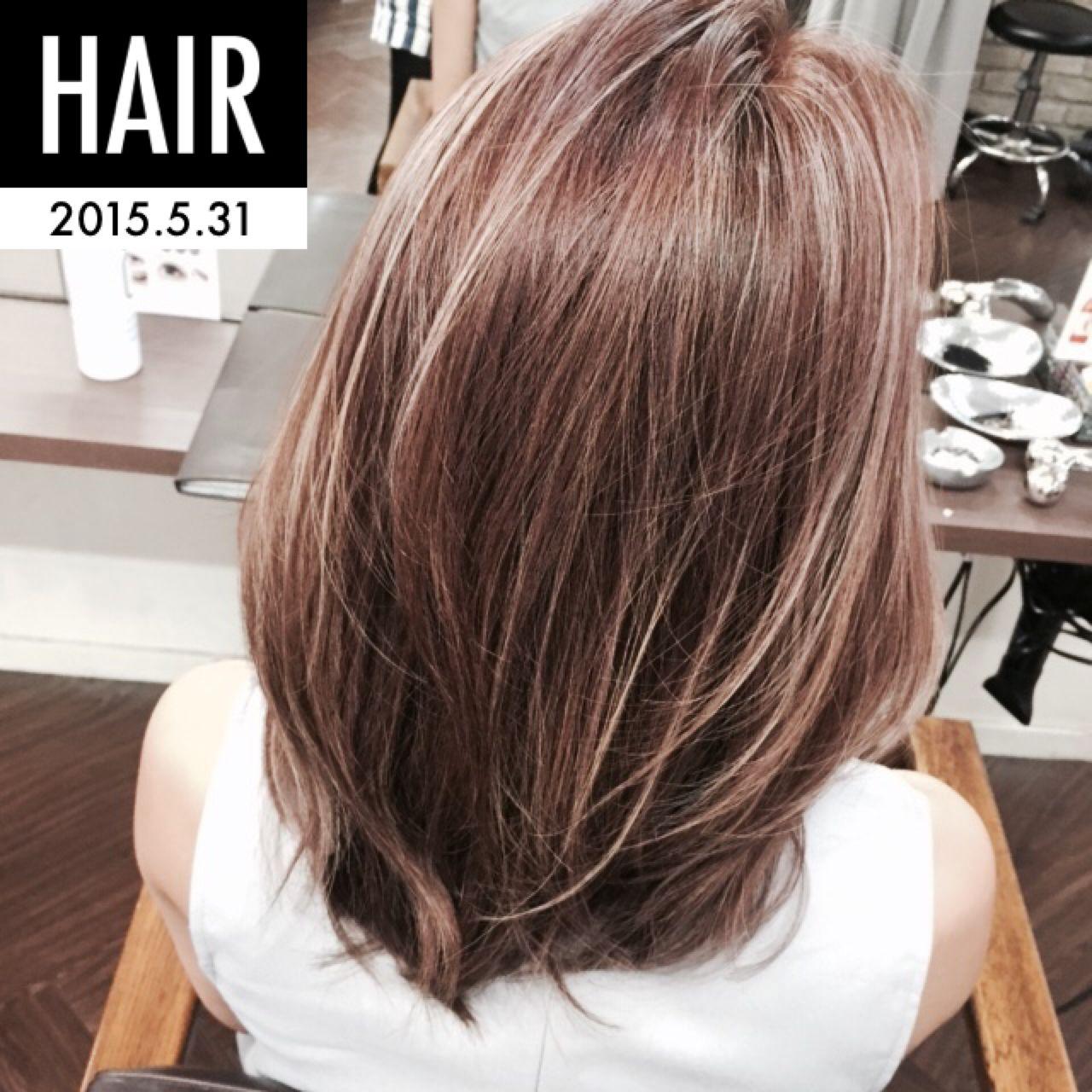 ハイライト ベージュ 透明感 ピンクヘアスタイルや髪型の写真・画像
