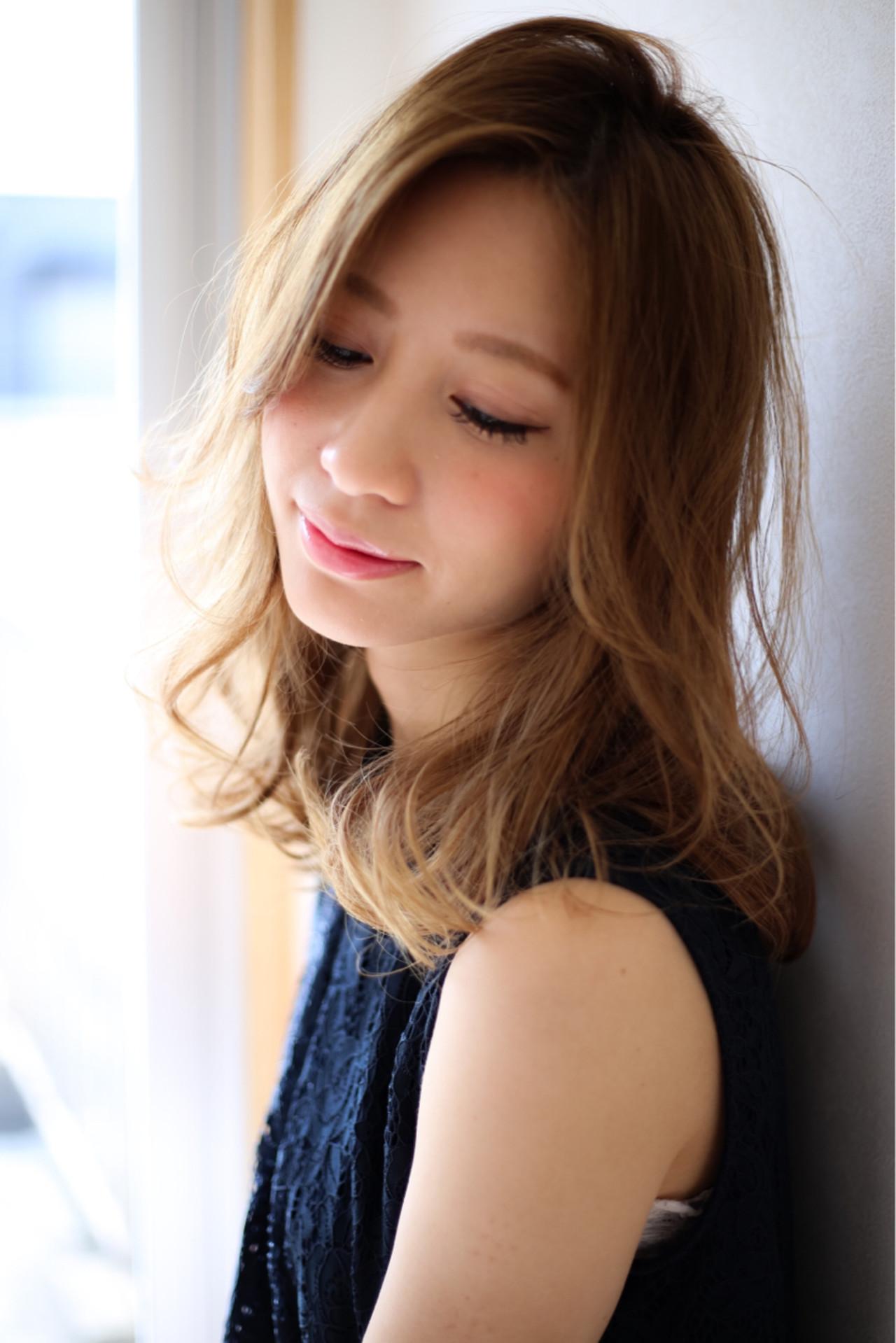 大人かわいい 外国人風 フェミニン ナチュラル ヘアスタイルや髪型の写真・画像   賀満洋行/OCEAN Hair&Life / OCEAN Hair&Life