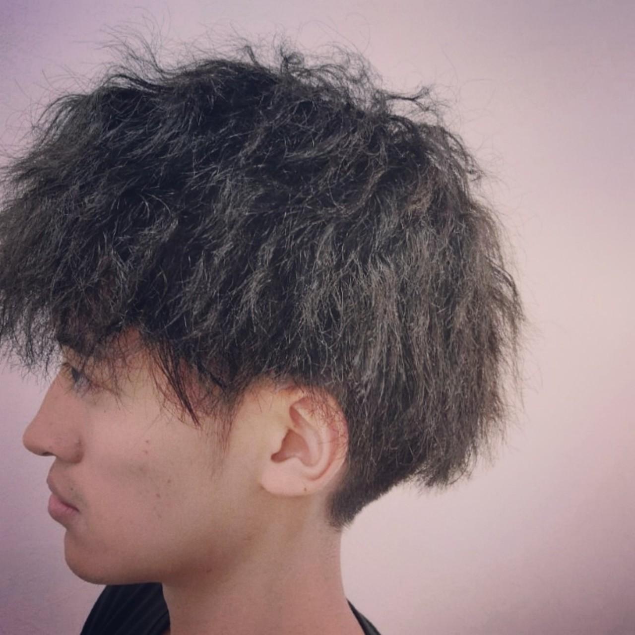 スパイラルパーマ メンズショート ストリート ショート ヘアスタイルや髪型の写真・画像