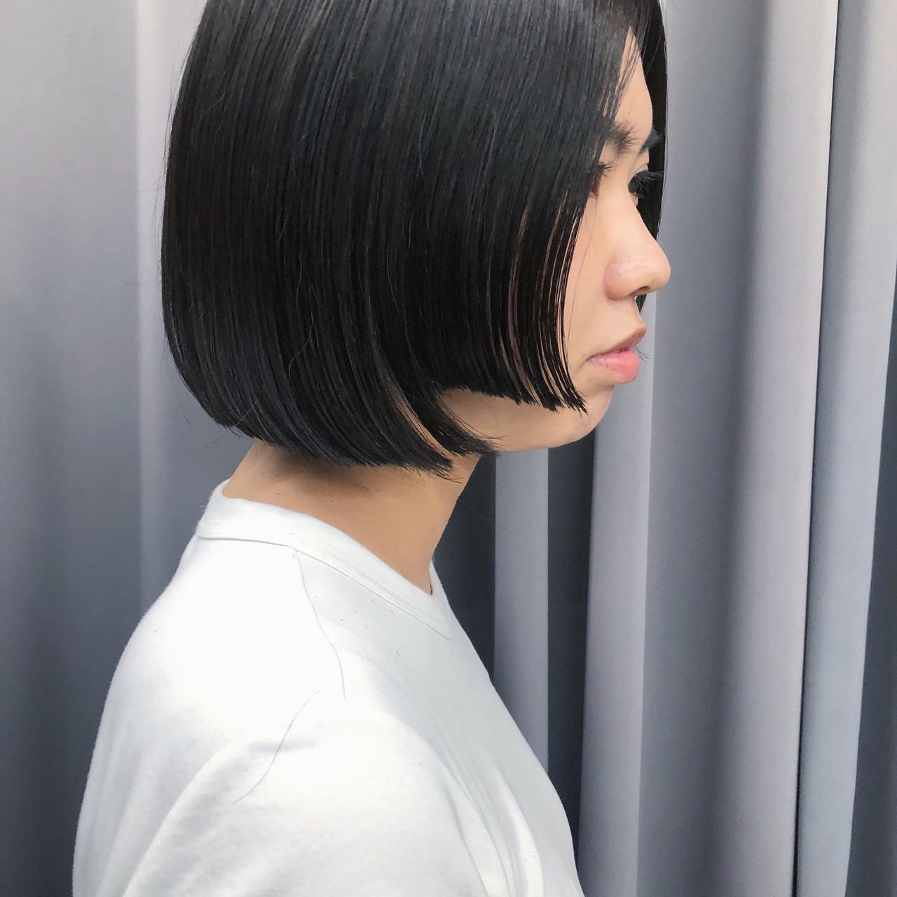 暗髪女子 暗髪 切りっぱなしボブ ボブヘアスタイルや髪型の写真・画像