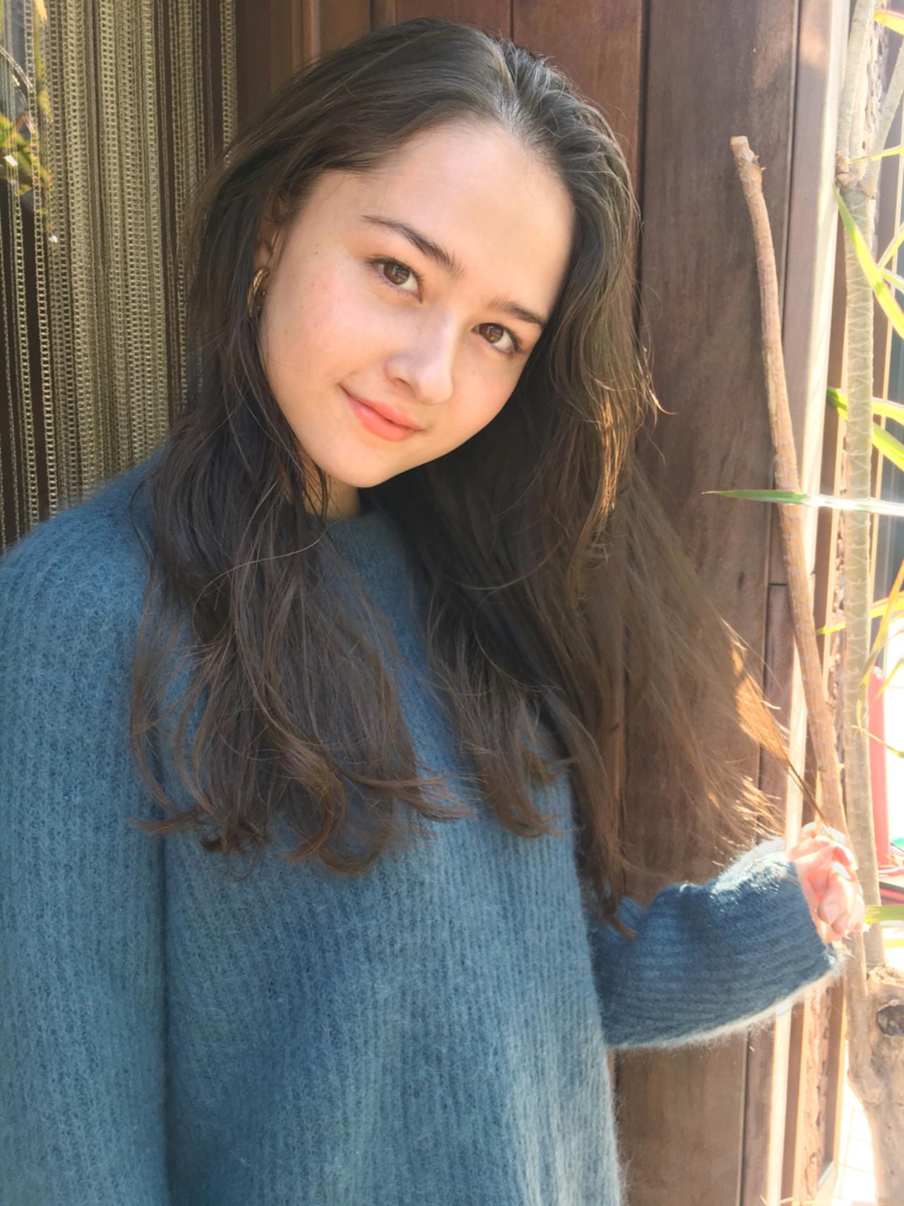ガーリー パーマ ロング 透明感 ヘアスタイルや髪型の写真・画像   中島 潮里 / whyte / whyte