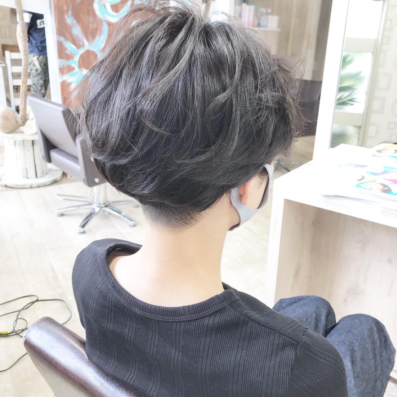 ベリーショート ハンサムショート ハンサムボブ ショートボブヘアスタイルや髪型の写真・画像